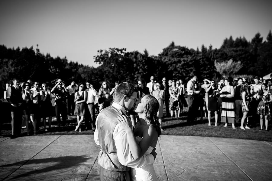 Youngberg Hill Winery Wedding (18)