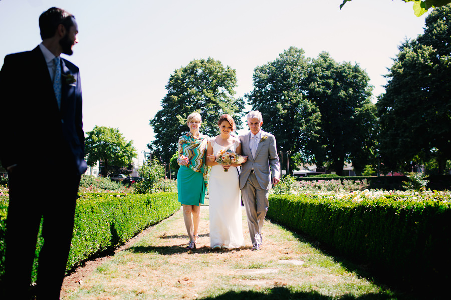 Chris and Laura's Peninsula Park Portland Wedding (14)
