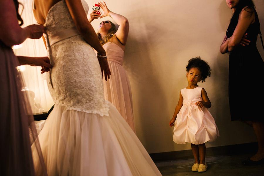 Portland Center Stage wedding by Daniel Stark Photography (5)