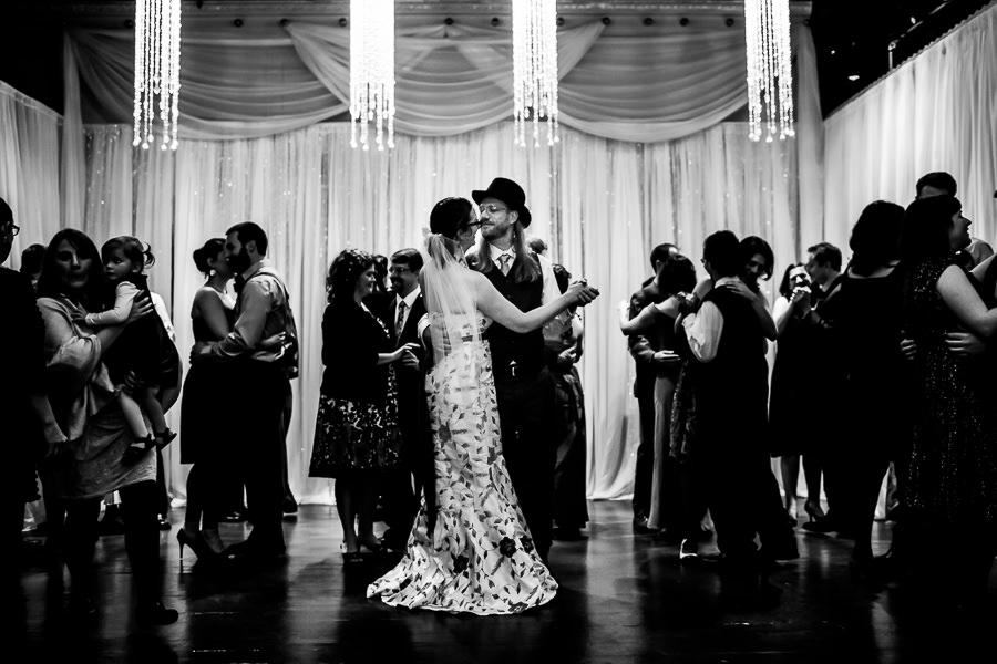 portland_wedding_elysian_ballroom_Stark_Photography00020