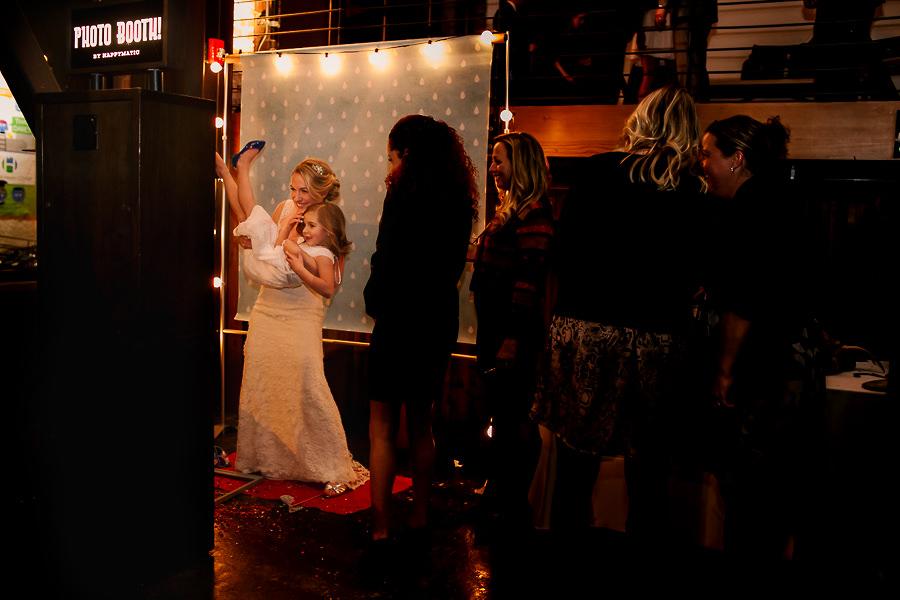 Left Bank Annex wedding by Stark Photography (6)
