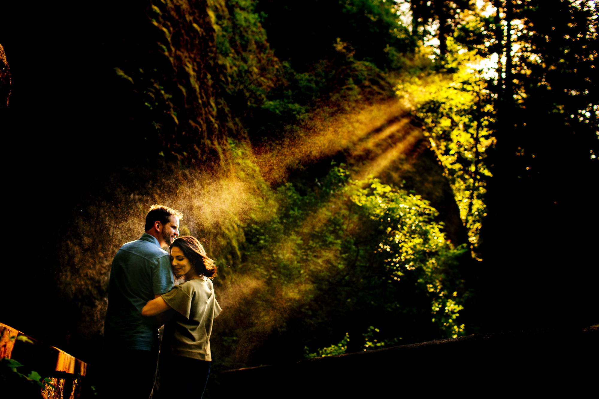 columbia-gorge-engagement-shoot