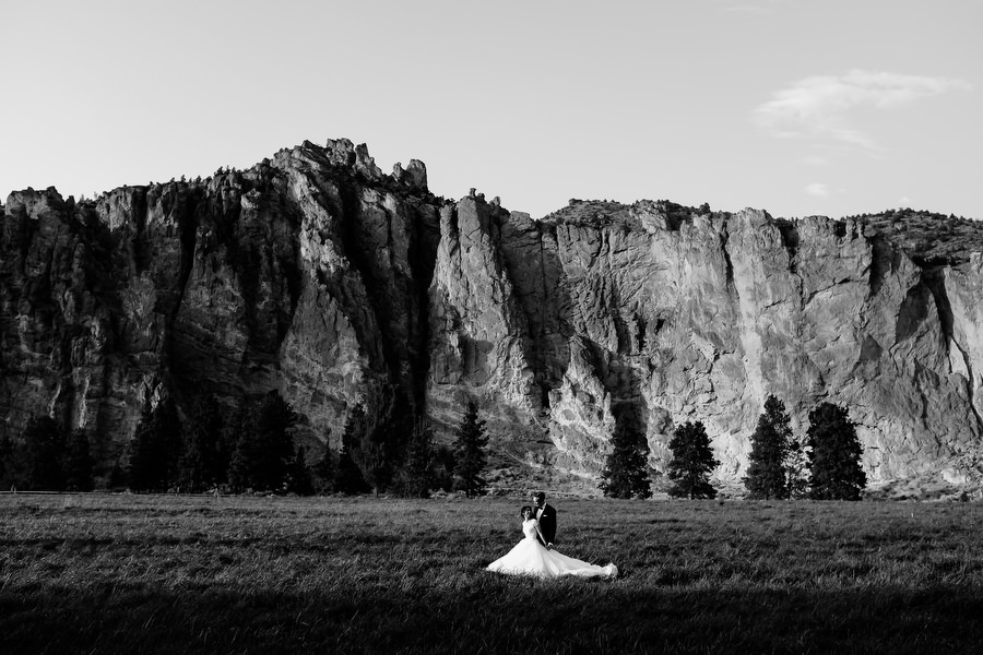 smith_rock_ranch_at_the_canyons_bend_oregon_wedding_stark_photography078