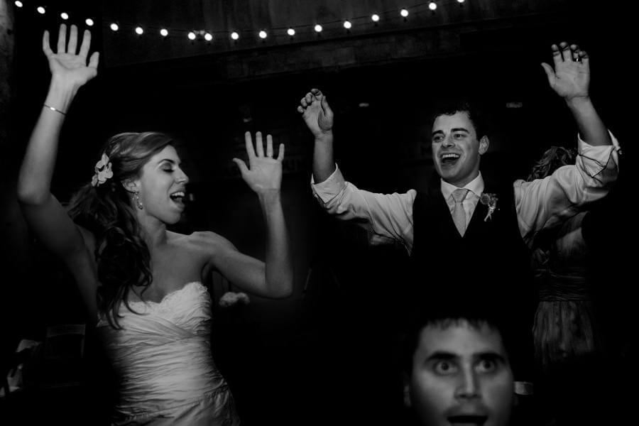 Columbia Gorge Hood River Wedding (5)