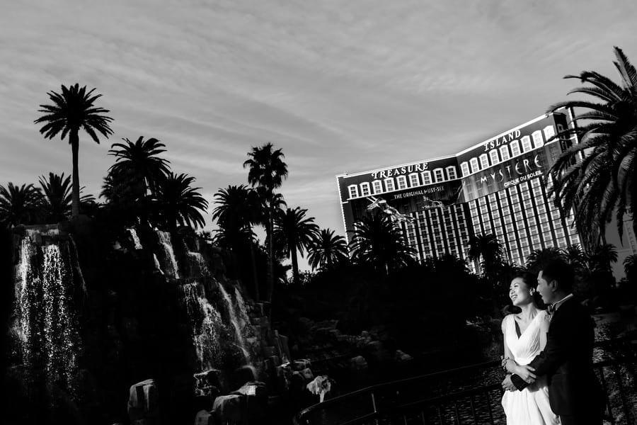 Las Vegas Elopement Wedding (1)