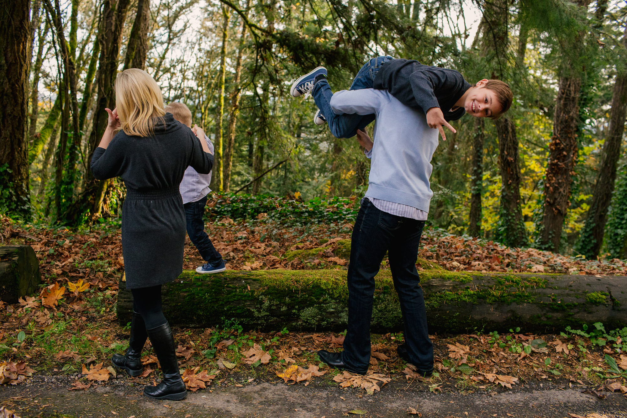 family_photography_lifestyle_images_pittock_mansion007