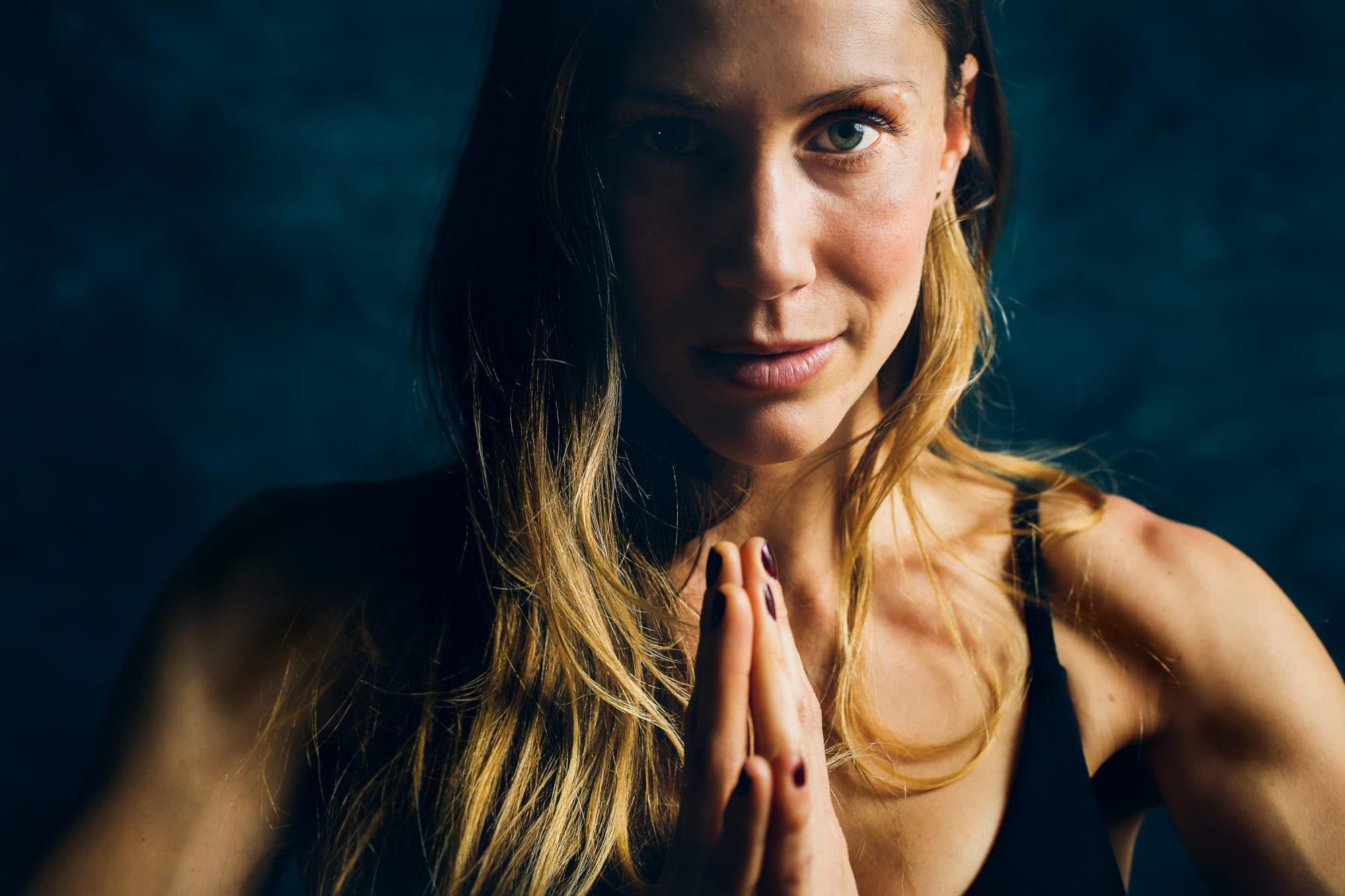 twist_yoga_lake_oswego_branding_headshots006-4