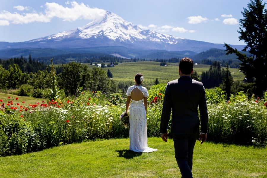 Mt. Hood Organic Farms Wedding Hood River (28)