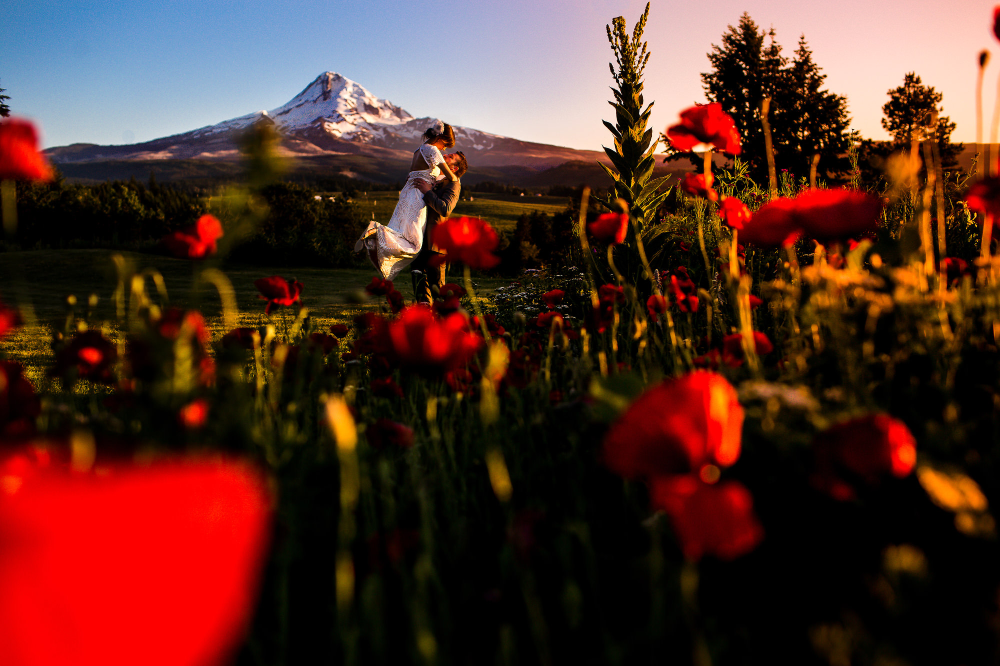 A beautiful Mt. Hood Organic Farms Wedding Hood River by Stark Photography (10)
