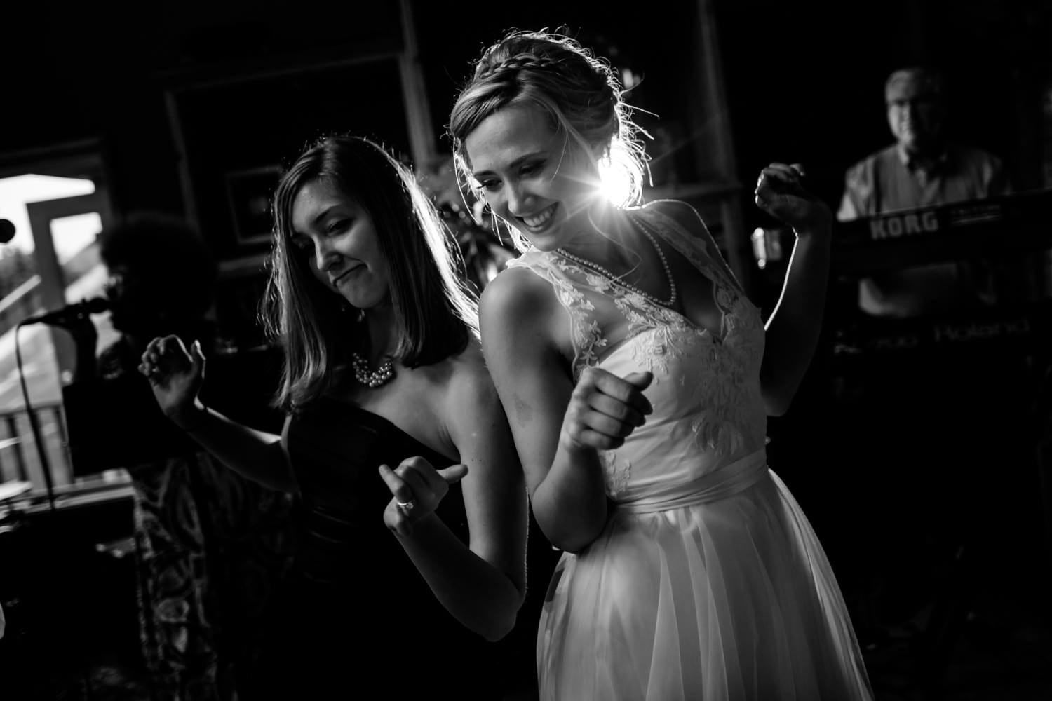 Storm Crest Cellars Wedding in South Beach Newport, Oregon by Stark Photography (8)