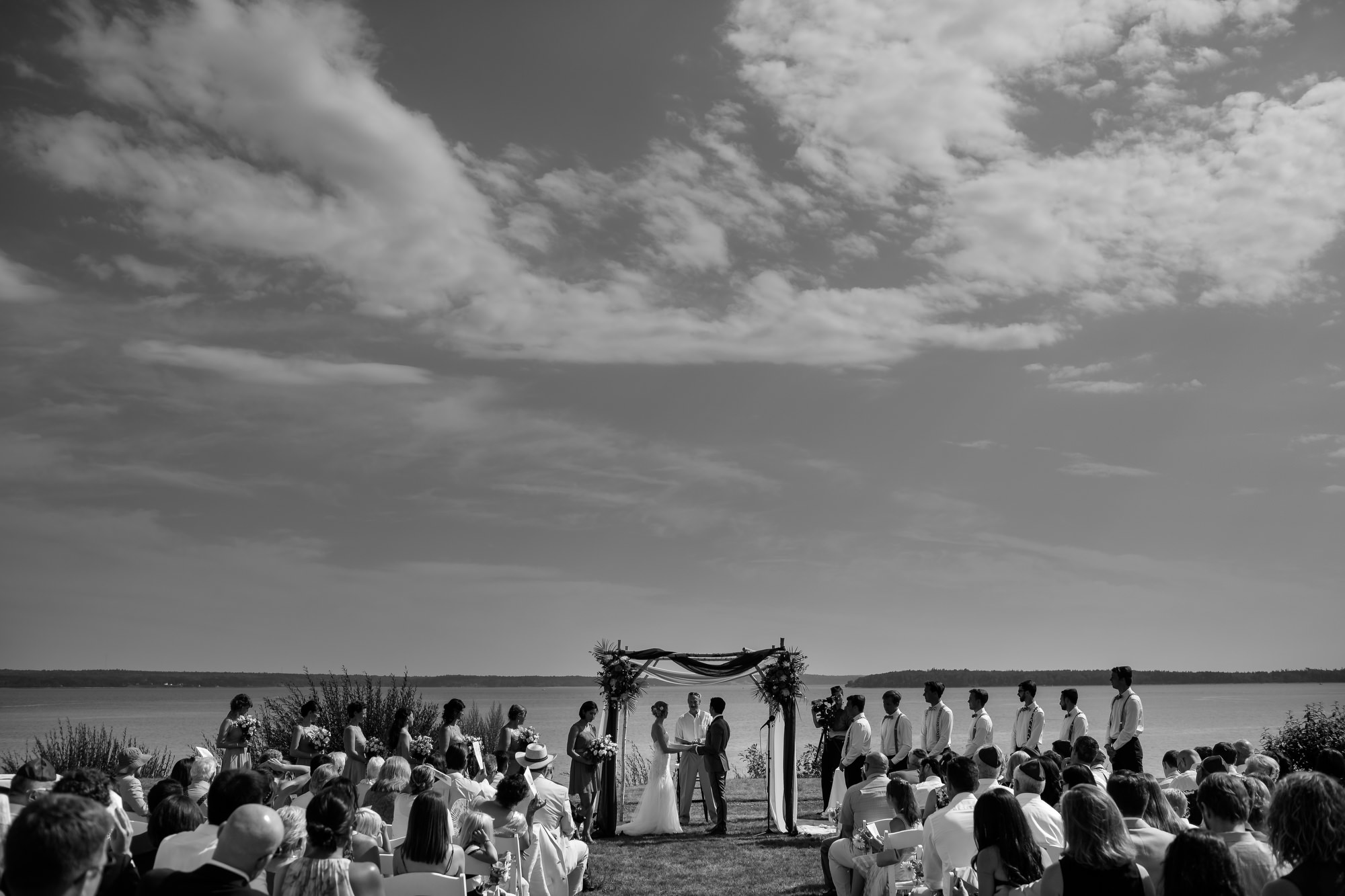Coastal wedding on French's Point, Maine, the east coast of the USA. Photographed by Stark Photography. (37)