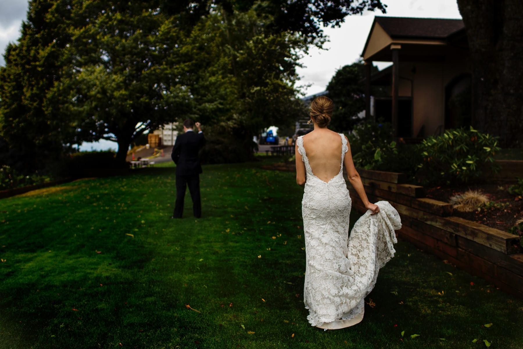 Willamette Valley Vineyards Wedding (30)