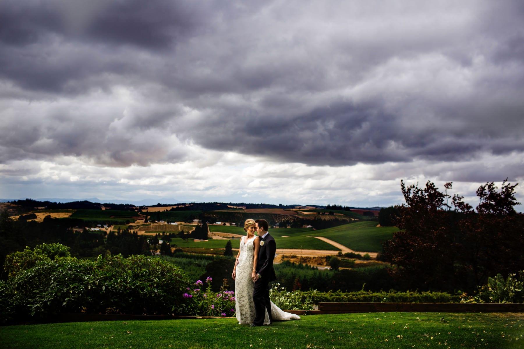 Willamette Valley Vineyards Wedding (29)