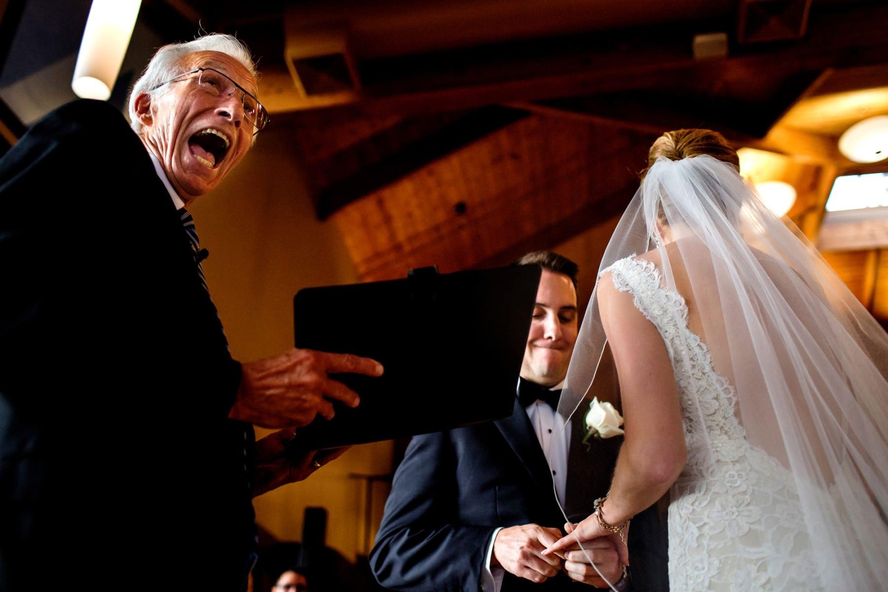 Willamette Valley Vineyards Wedding (23)