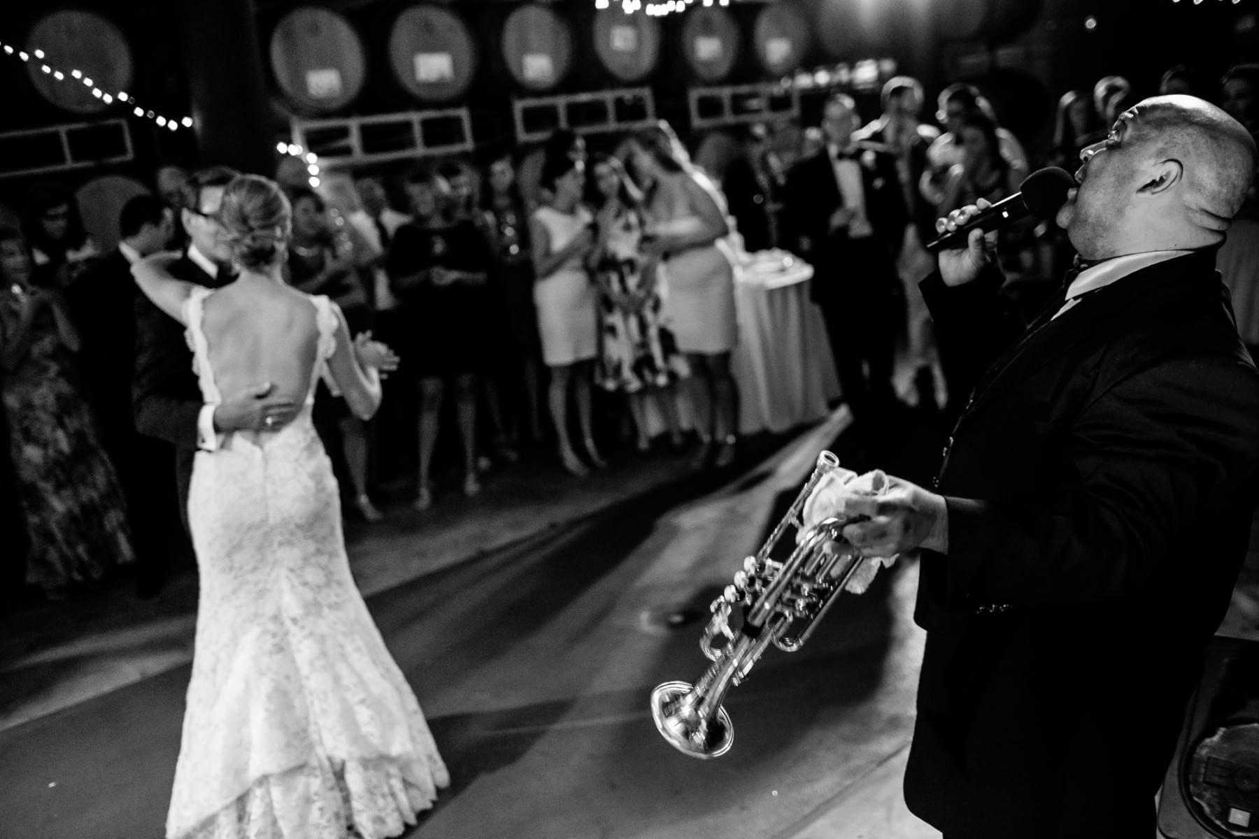 Willamette Valley Vineyards Wedding (9)