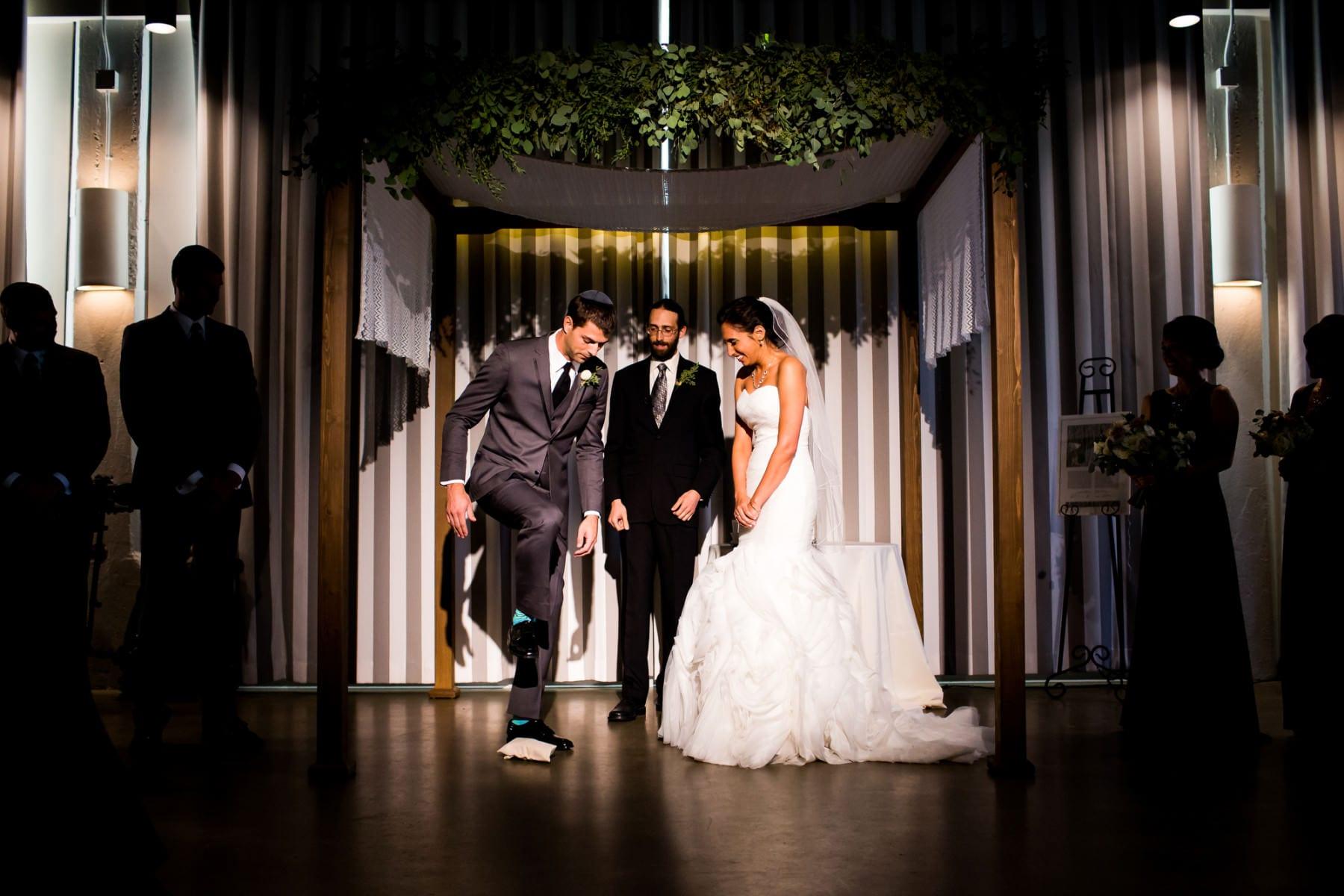 Exchange Ballroom Wedding Portland, Oregon. (19)