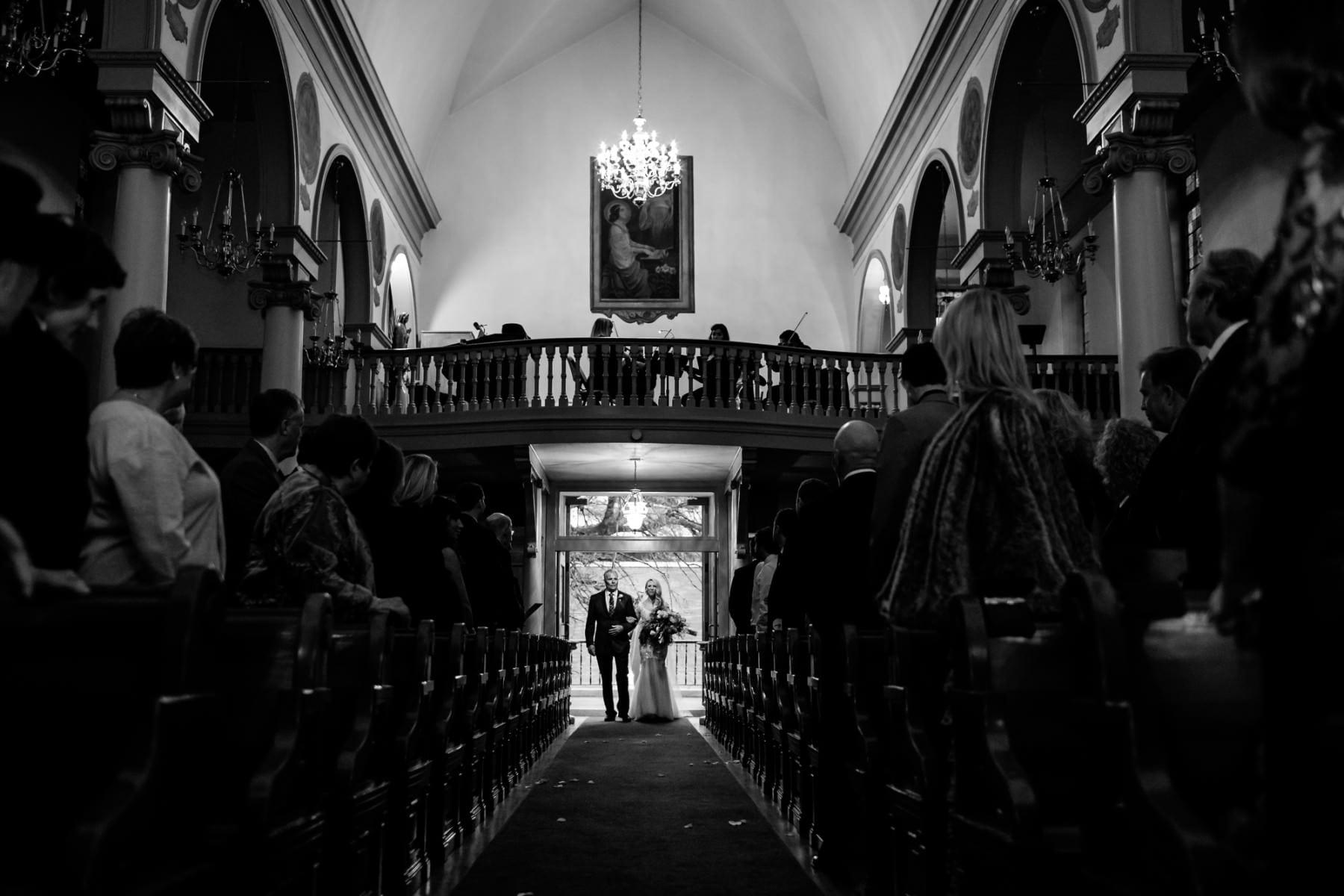 Blue Hour Wedding in Portland, Oregon (21)