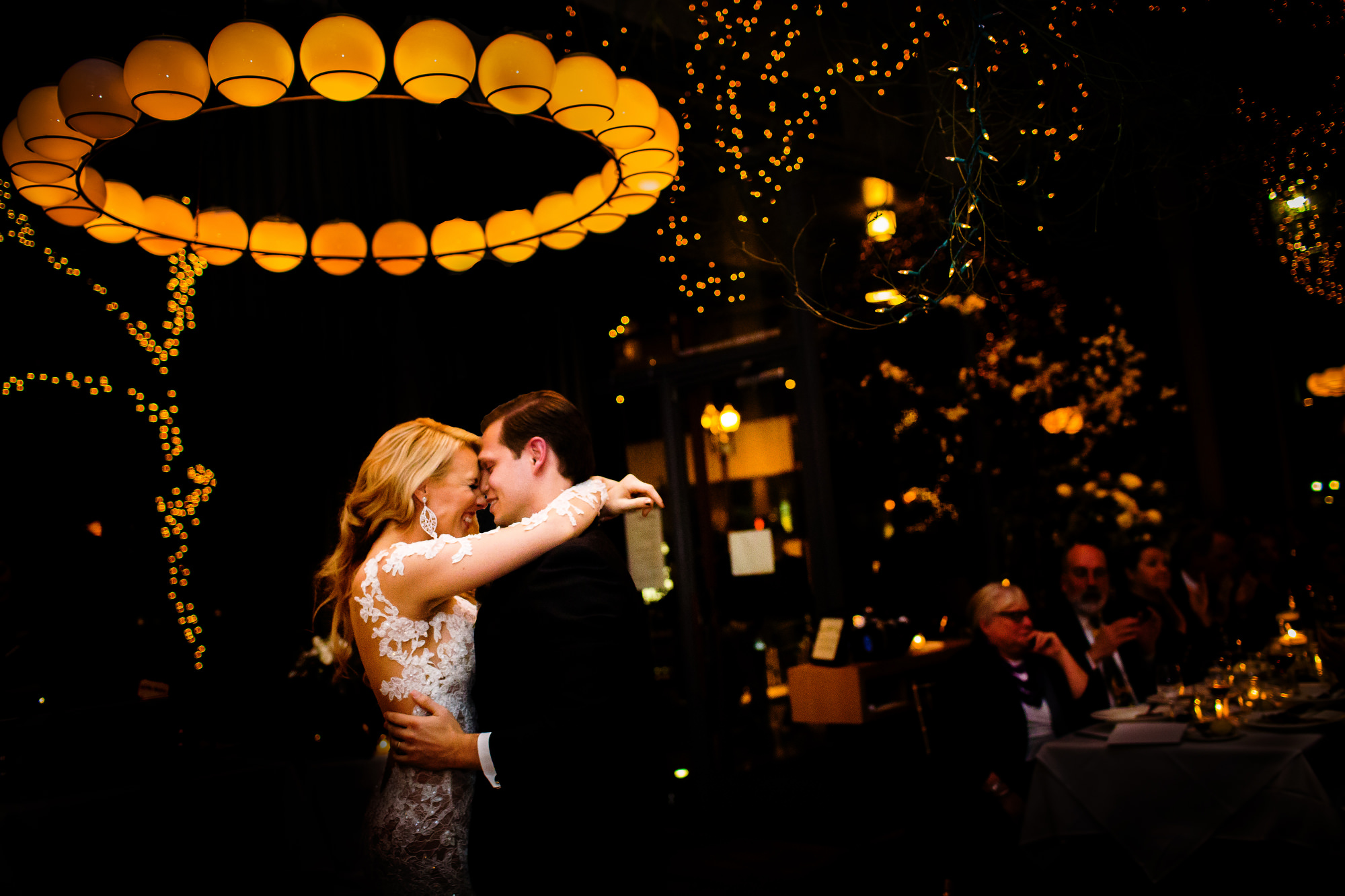A beautiful and glamorous wedding at Portland's Blue Hour Restaurant in Portland, Oregon. (9)