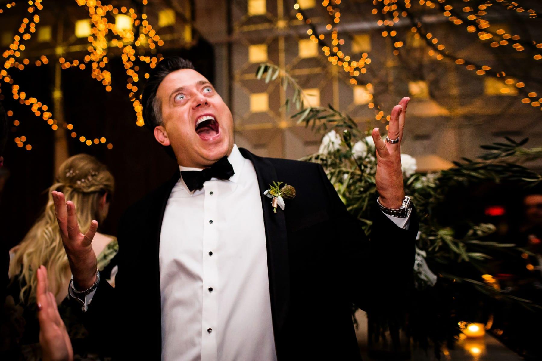 Blue Hour Wedding in Portland, Oregon (6)