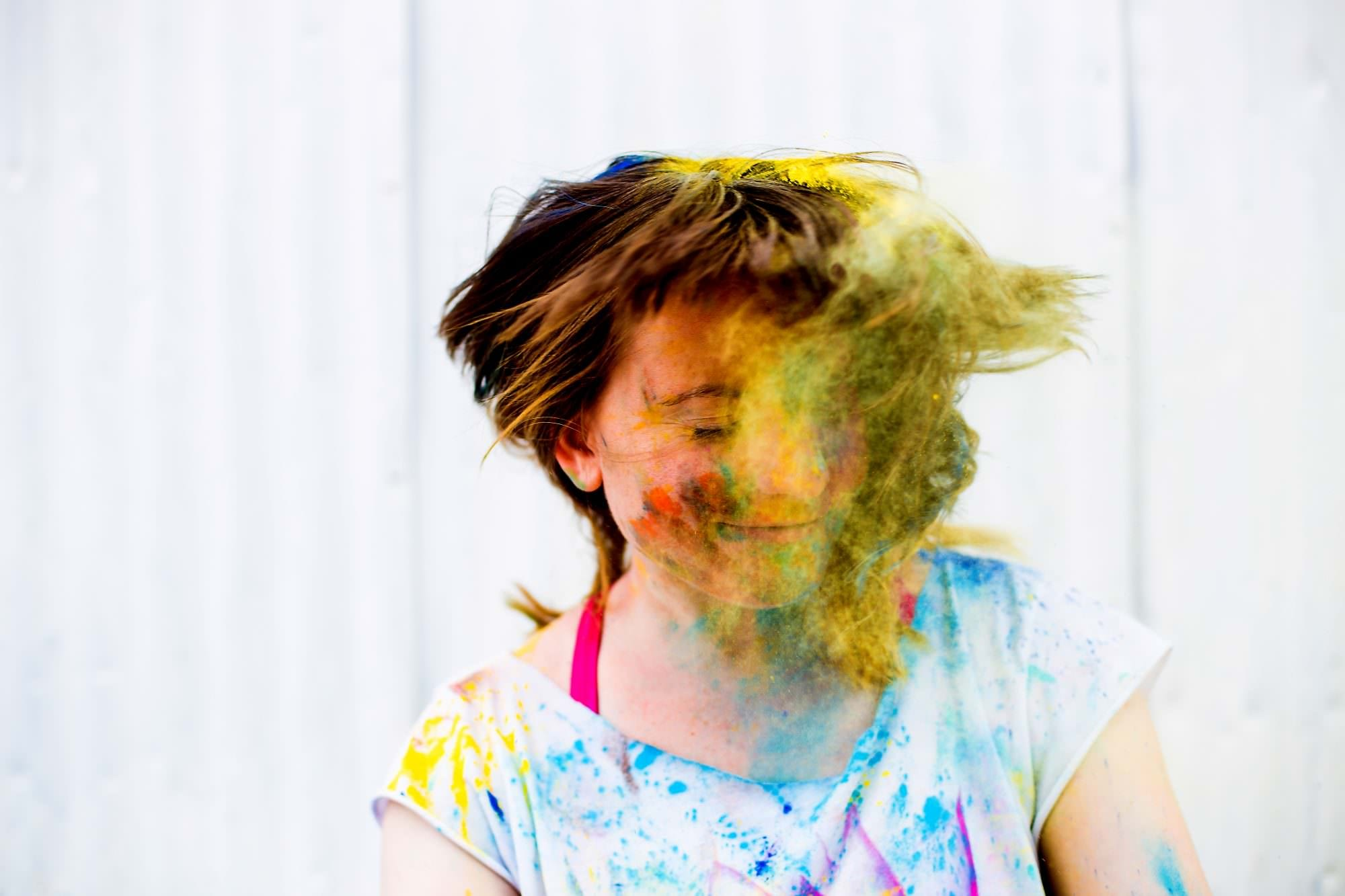 lifestyle_portraits_chalk_color_powdert003-1