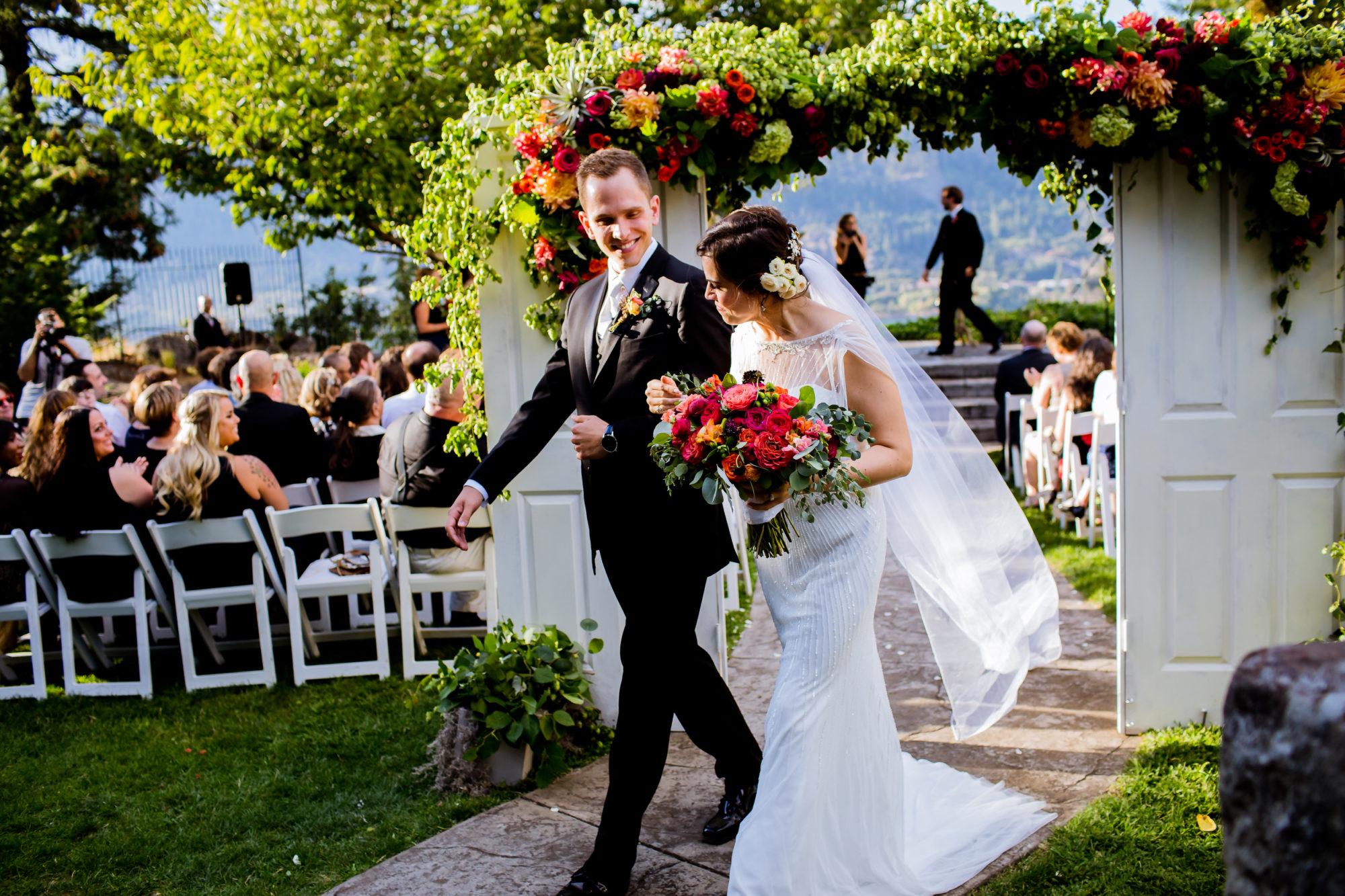 Columbia Gorge Hotel Wedding Hood River Oregon017