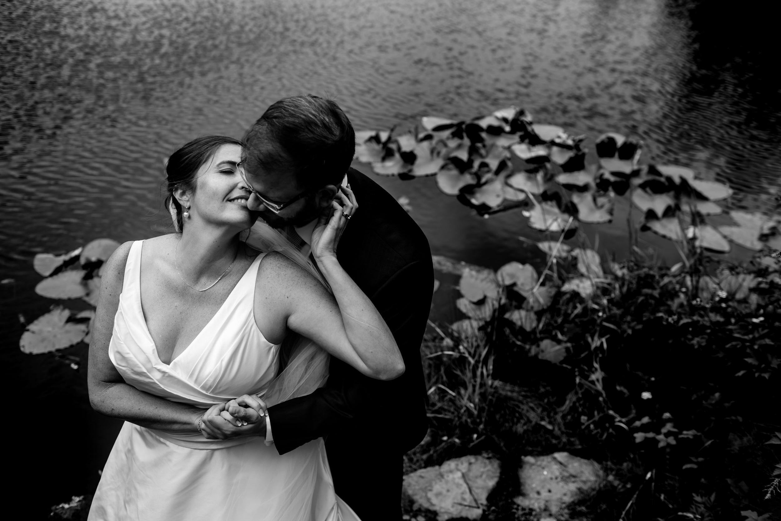 Islandwood_Retreat_Bambridge_Island_Washington_Wedding_013