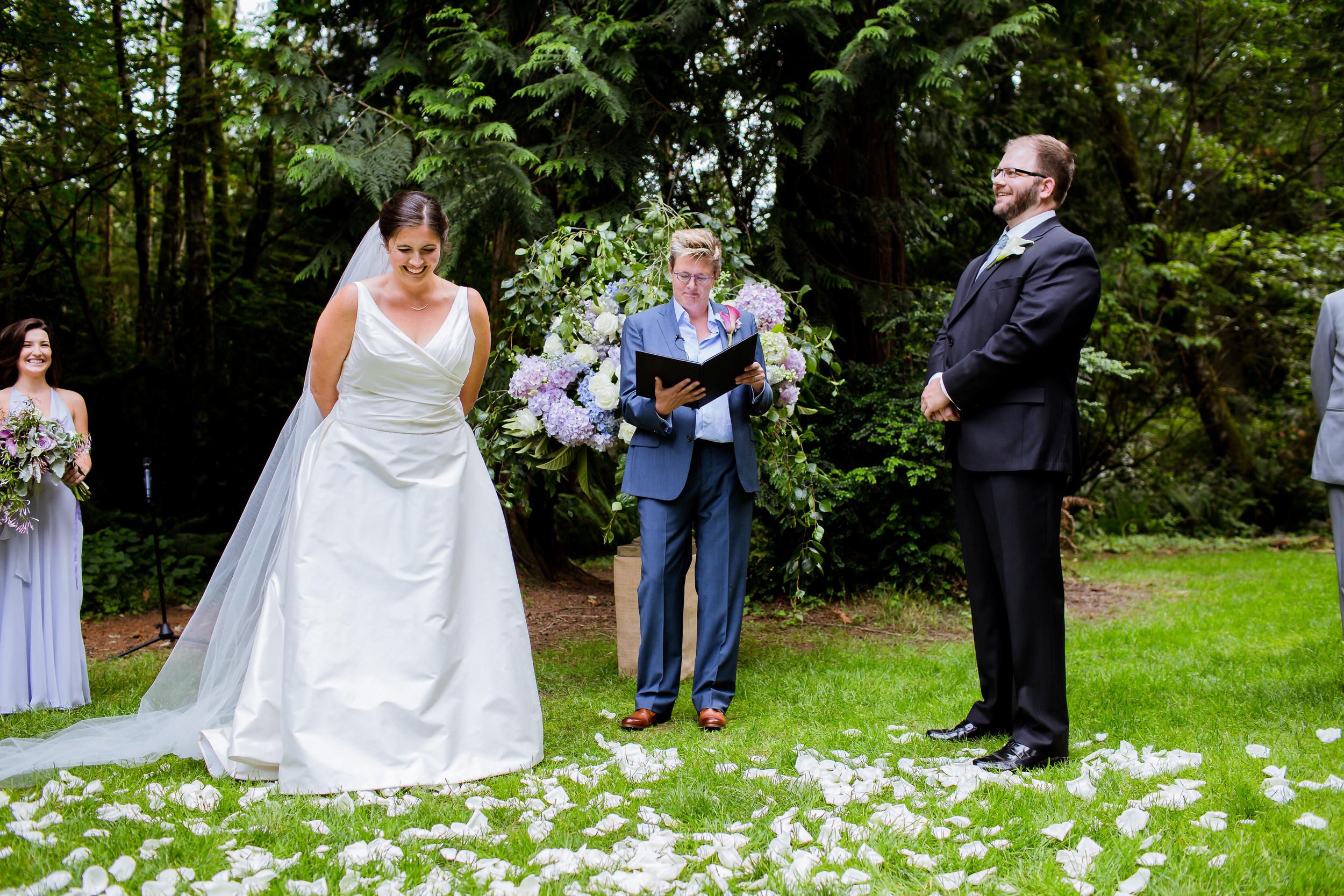 Islandwood_Retreat_Bambridge_Island_Washington_Wedding_021