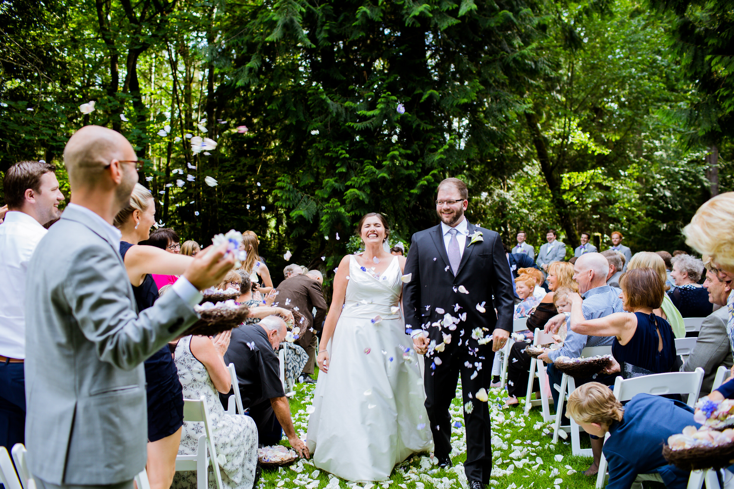 Islandwood_Retreat_Bambridge_Island_Washington_Wedding_031
