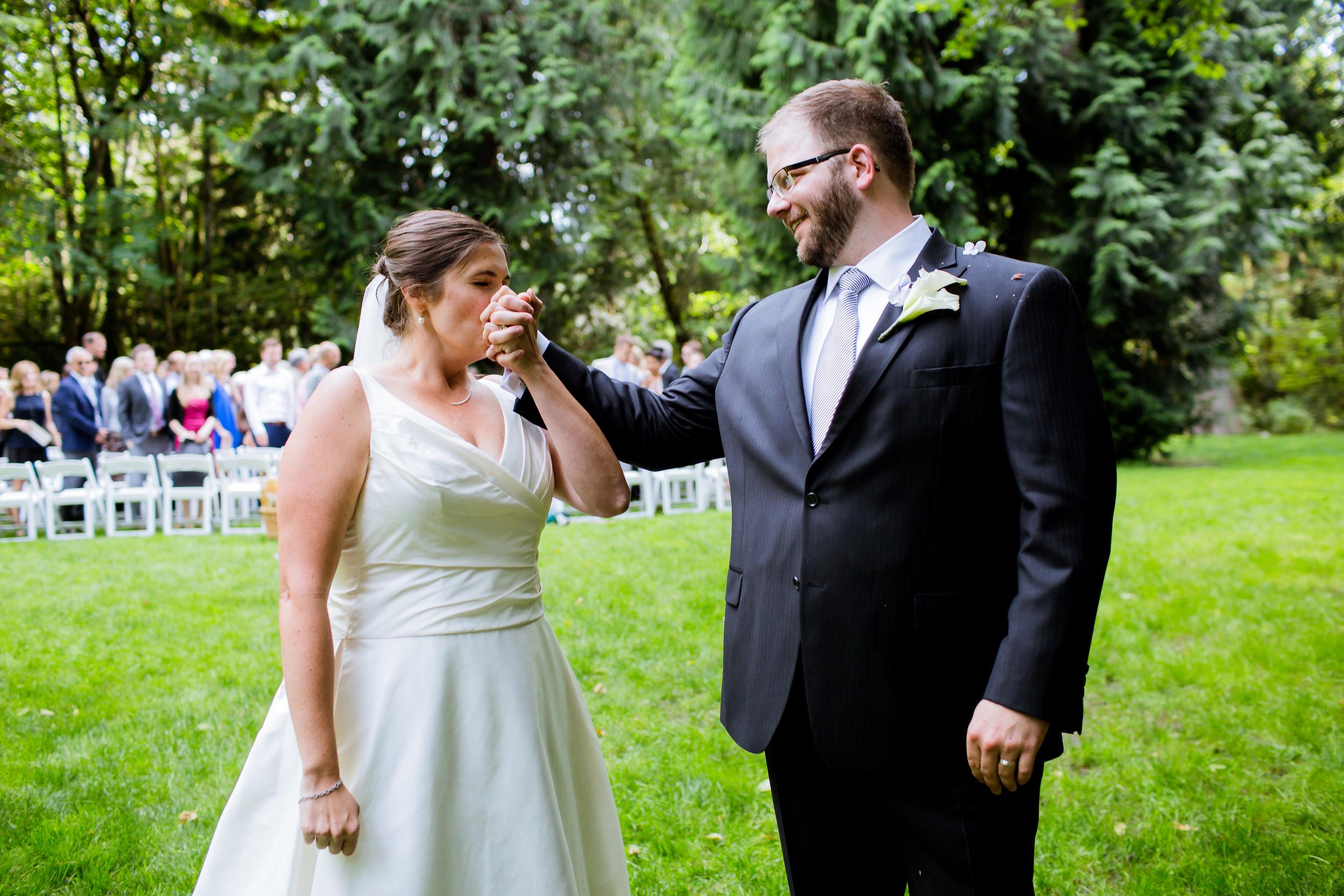 Islandwood_Retreat_Bambridge_Island_Washington_Wedding_032