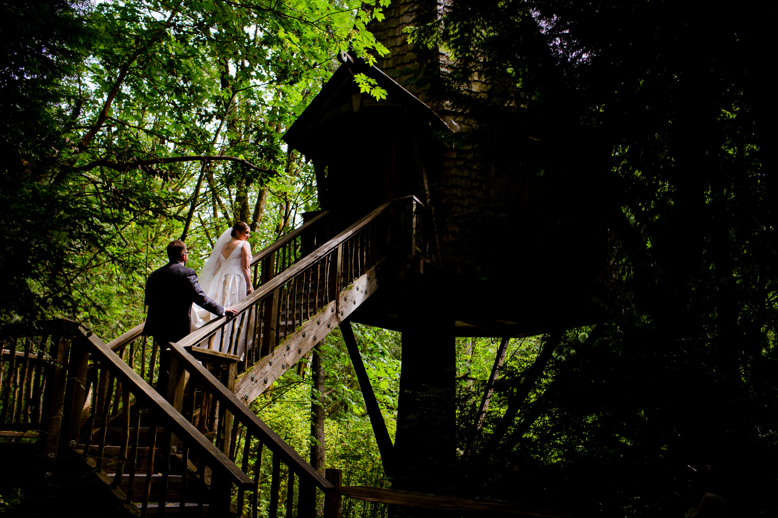 Islandwood_Retreat_Bambridge_Island_Washington_Wedding_051