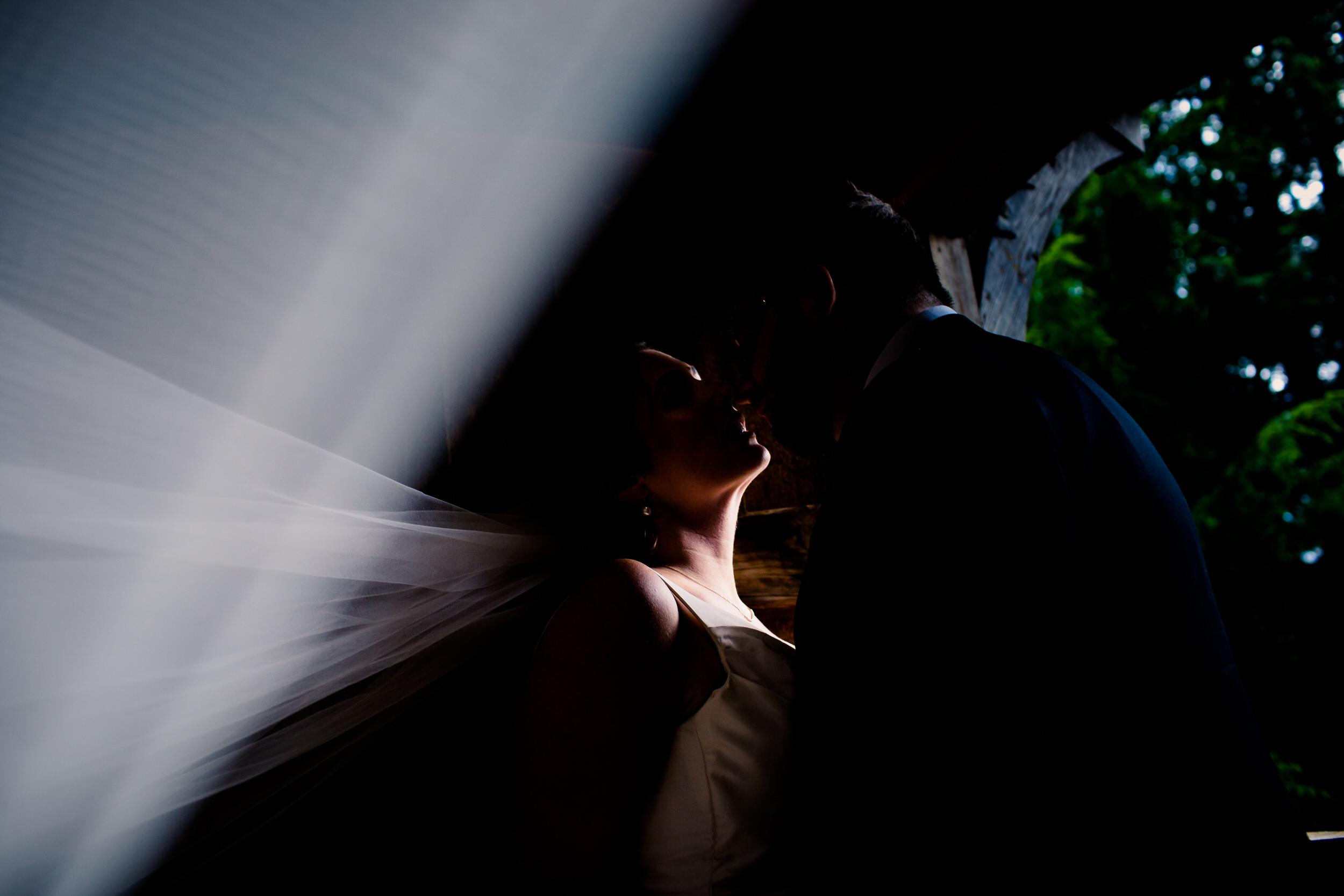 Islandwood_Retreat_Bambridge_Island_Washington_Wedding_052