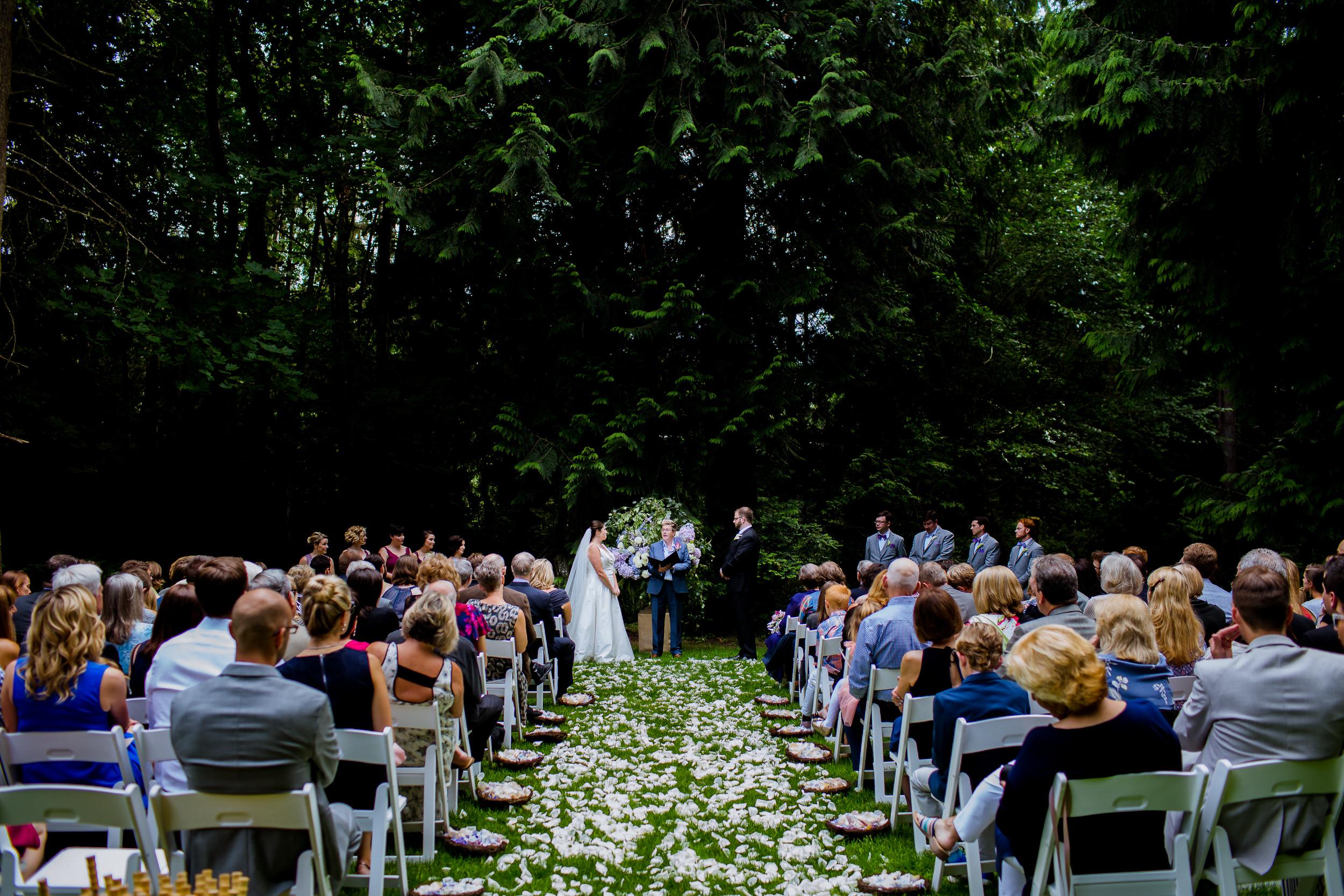 Islandwood_Retreat_Bambridge_Island_Washington_Wedding_056