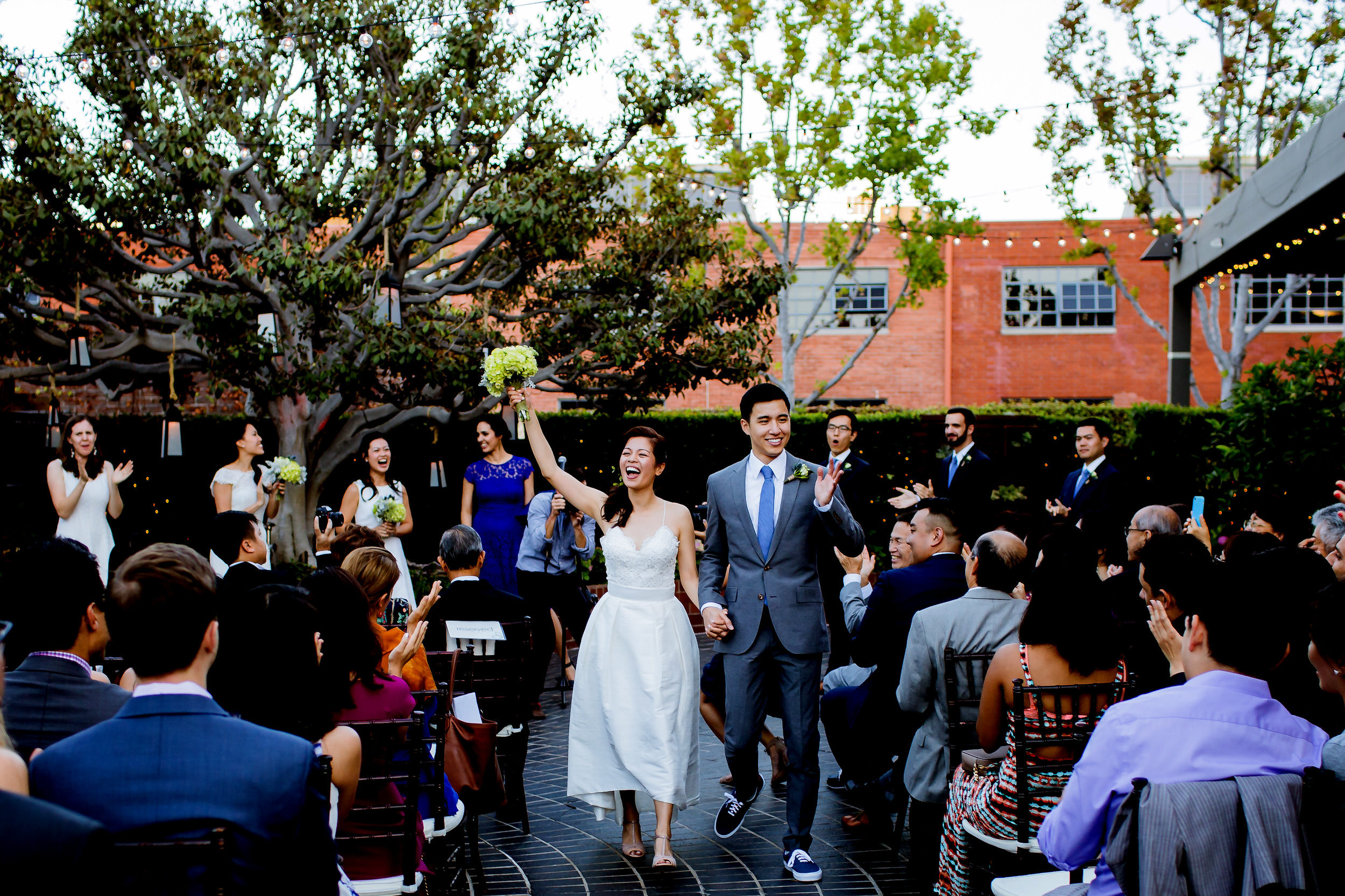 A fun LA Wedding in the city of Santa Monica at a great urban venue - Tiato Kitchen Market Garden Venue Wedding Santa Monica_005