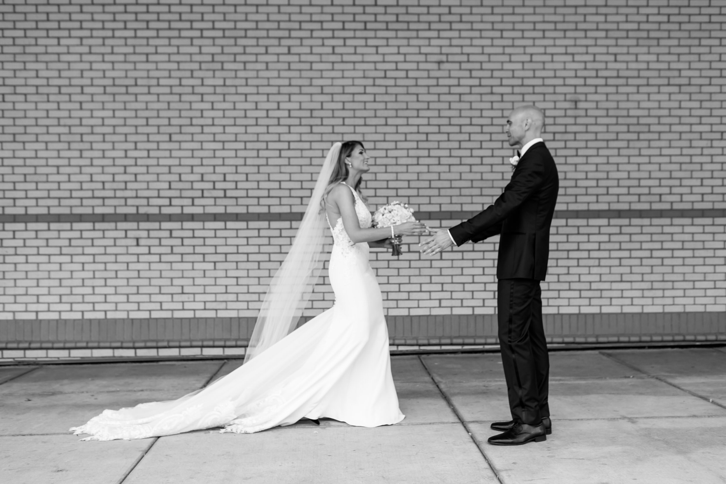 salem_convention_center_wedding_stark_photography_008