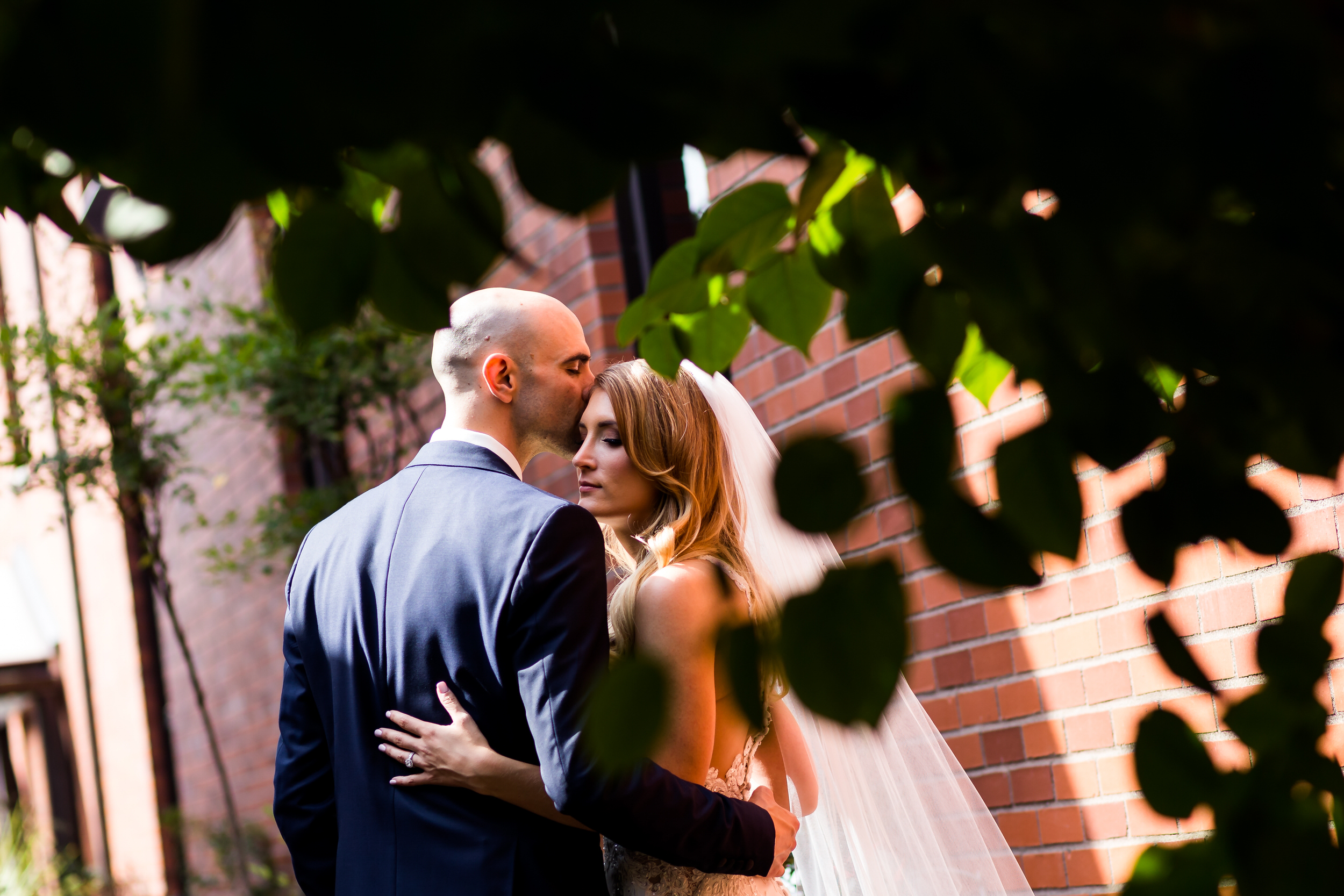 salem_convention_center_wedding_stark_photography_021