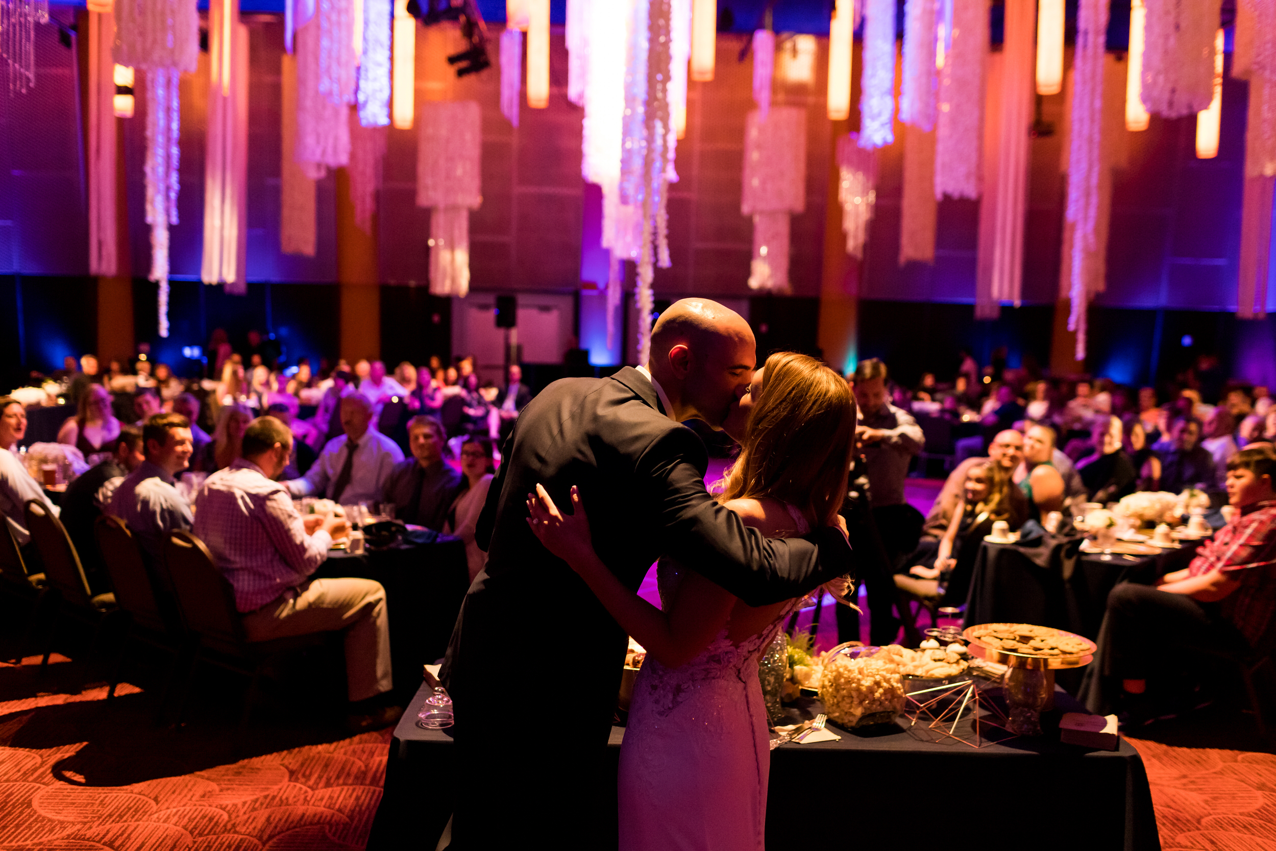 salem_convention_center_wedding_stark_photography_026