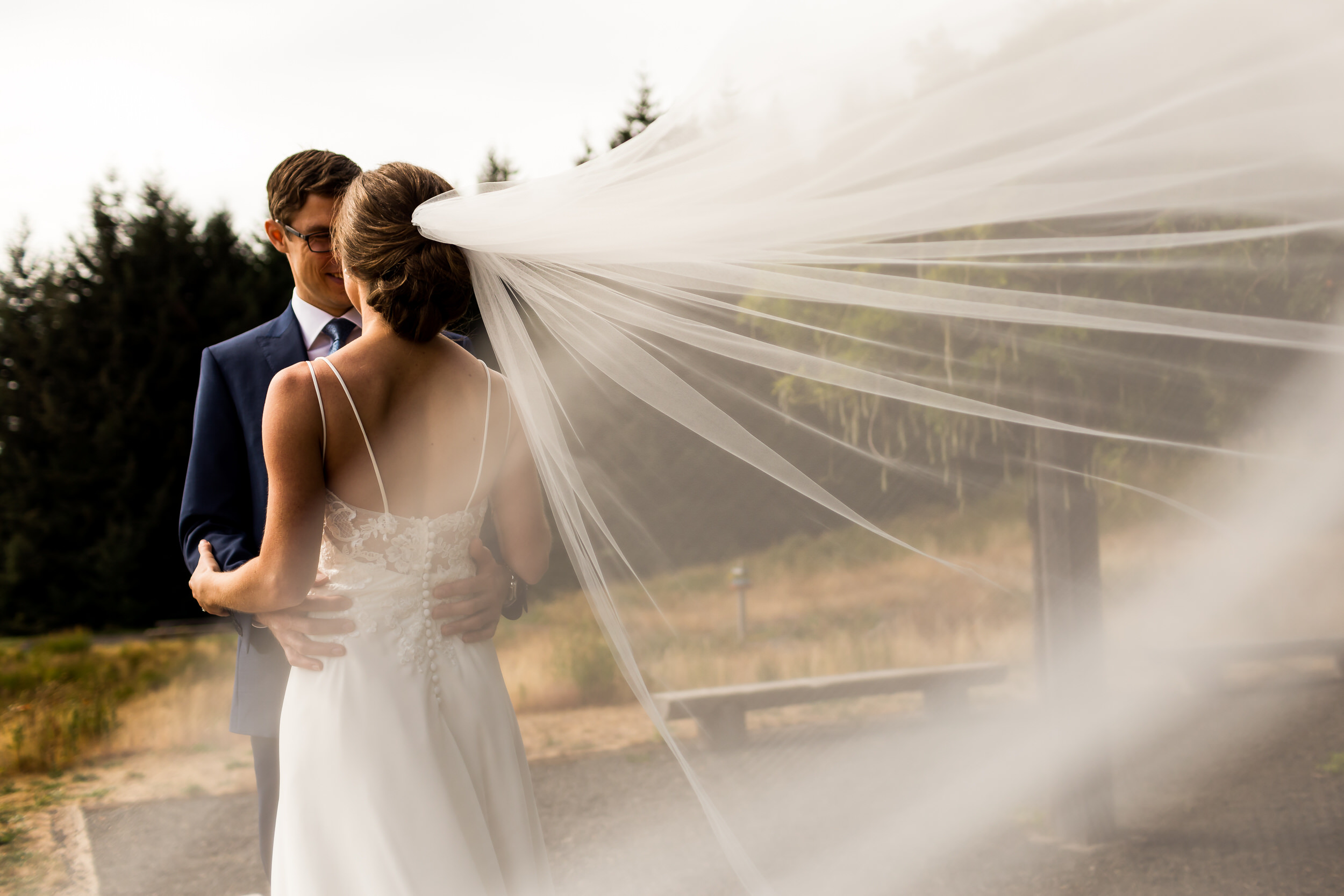 Gorge_Crest_Vineyards_Wedding_Stark_Photography_024