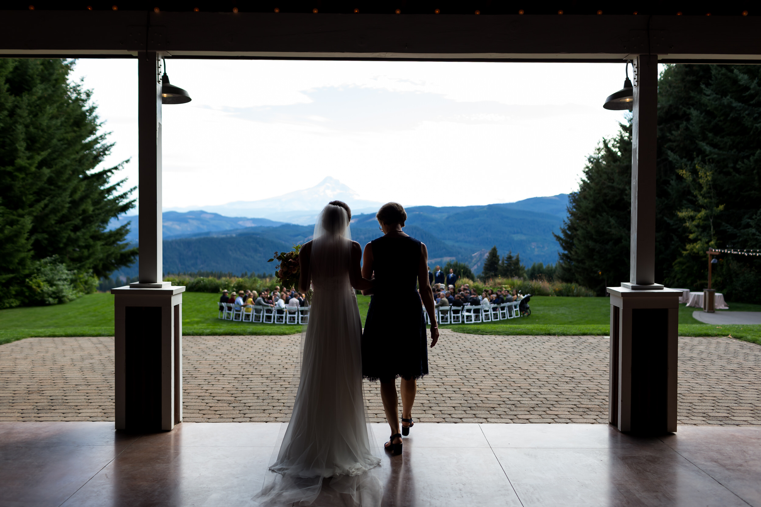 Gorge_Crest_Vineyards_Wedding_Stark_Photography_031