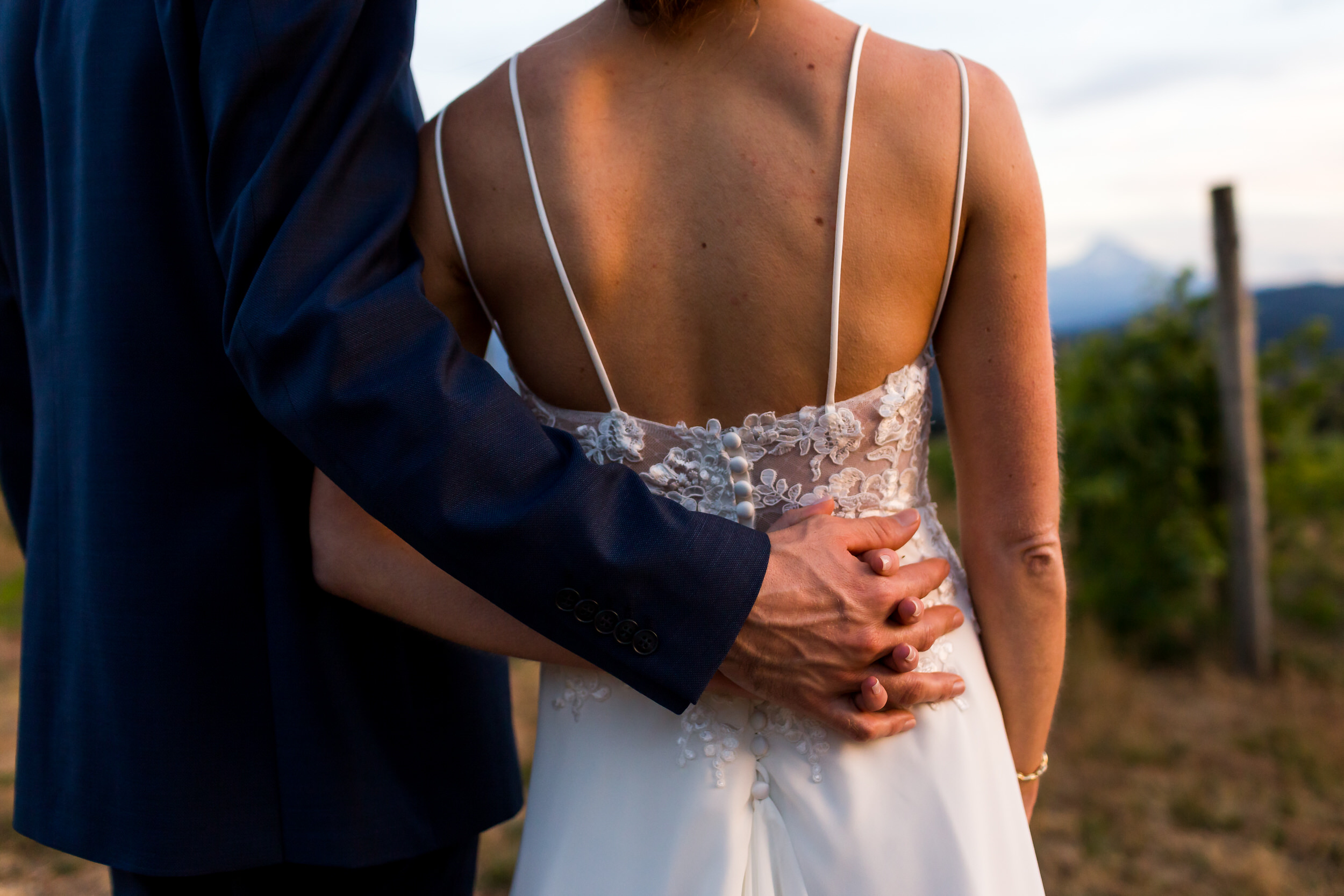 Gorge_Crest_Vineyards_Wedding_Stark_Photography_053