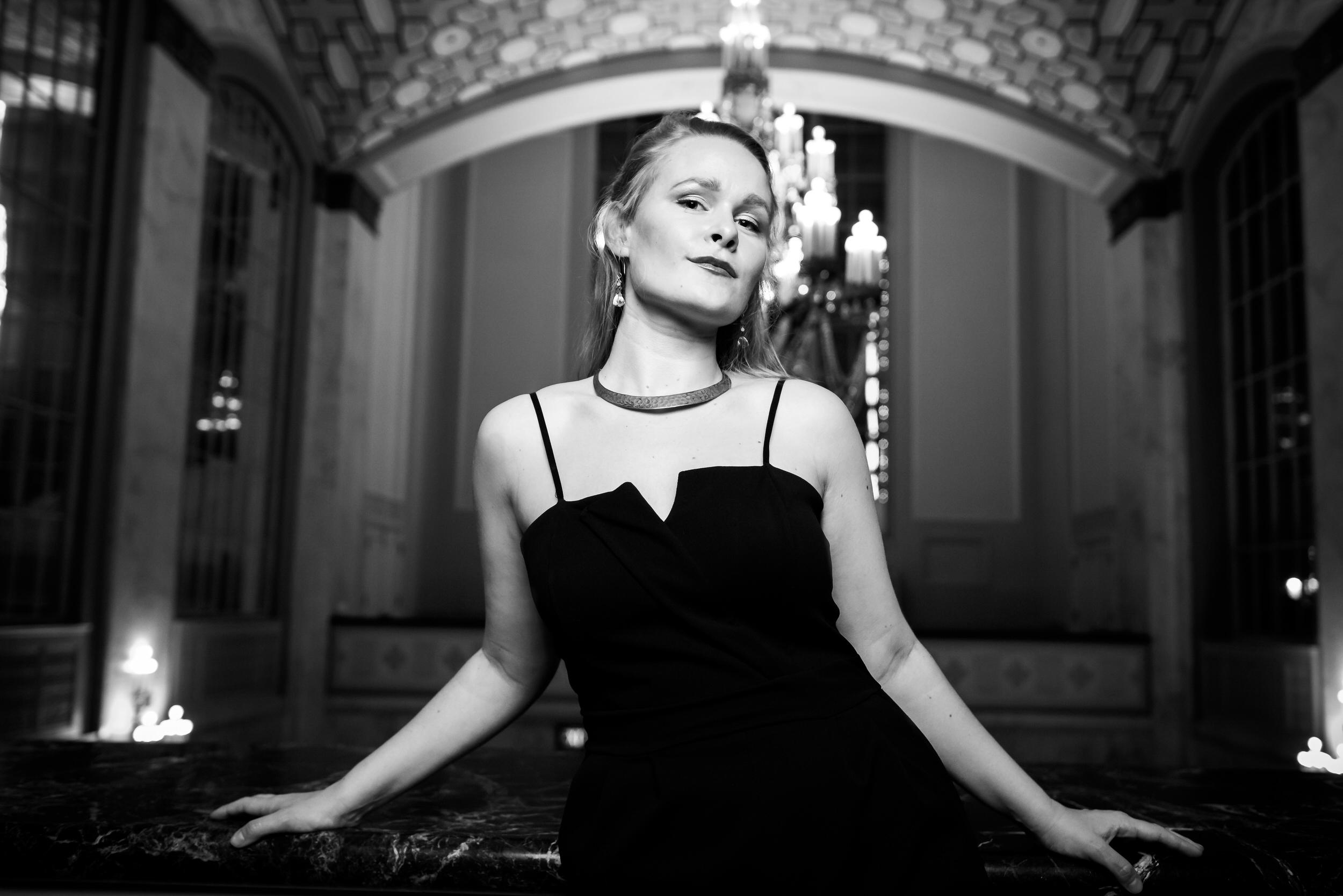 Siena_Licht_Miller_Opera_Singer_arlene_schnitzer_014