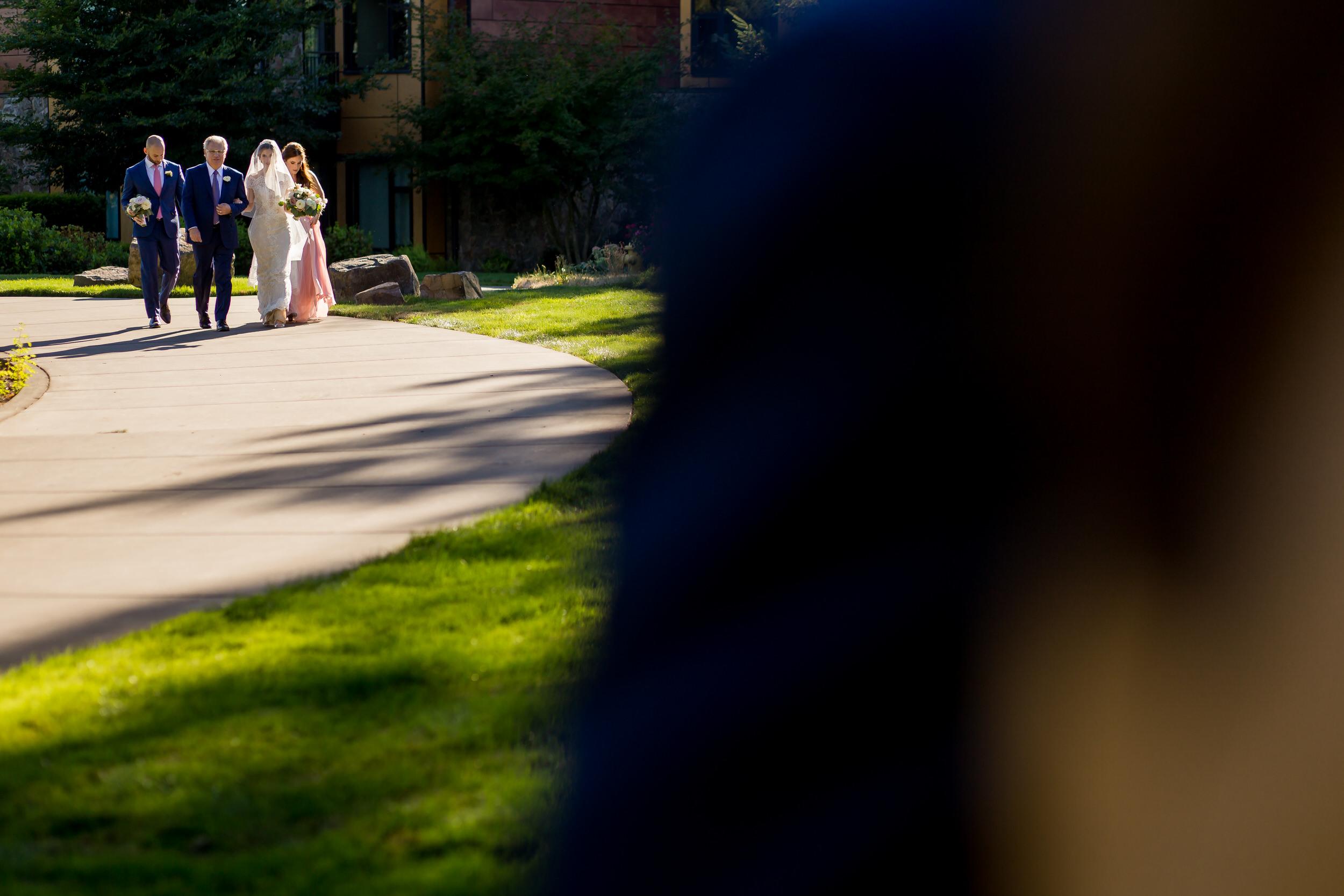 jake_marisa_allison_inn_wedding_starkphotography_023