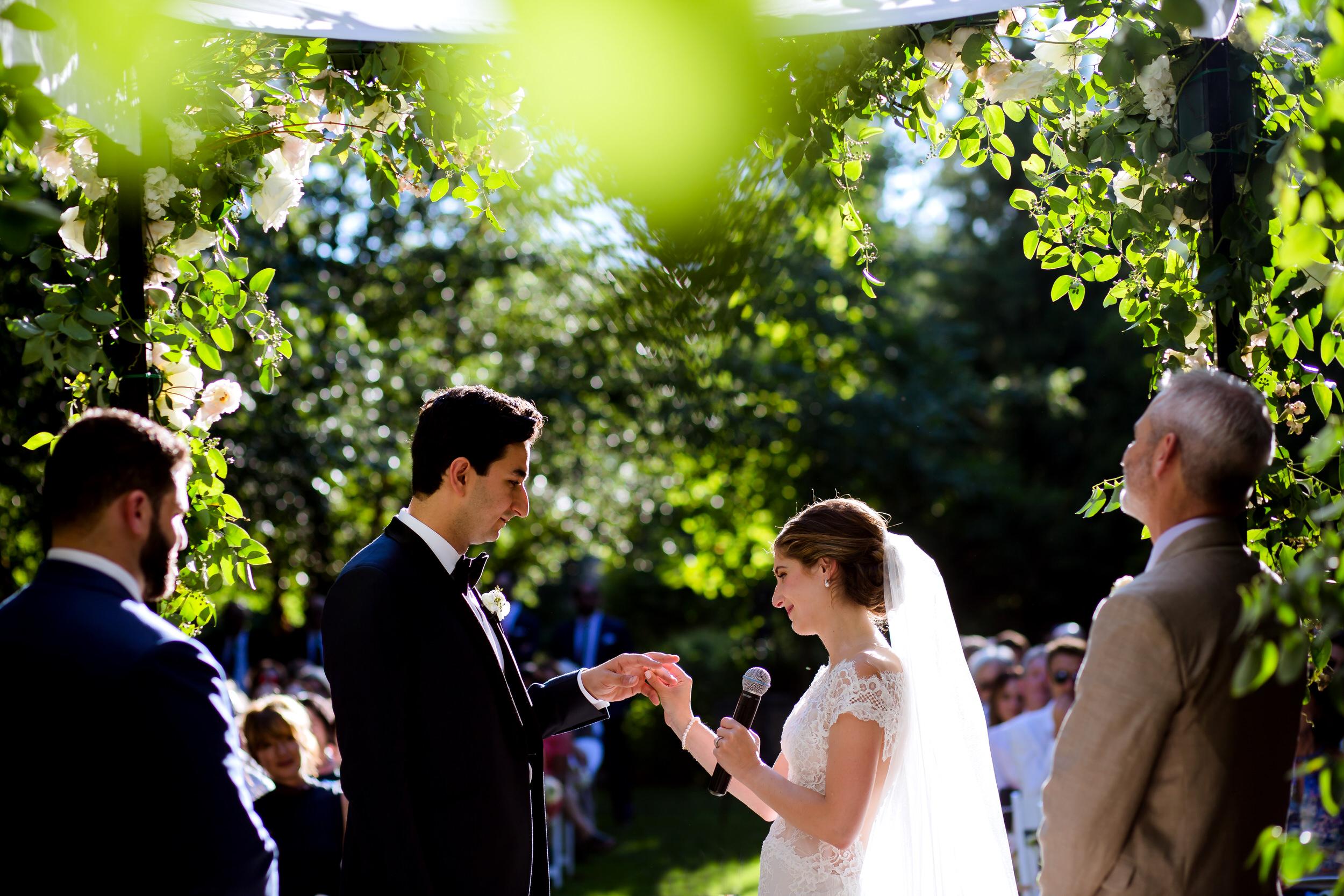 jake_marisa_allison_inn_wedding_starkphotography_032
