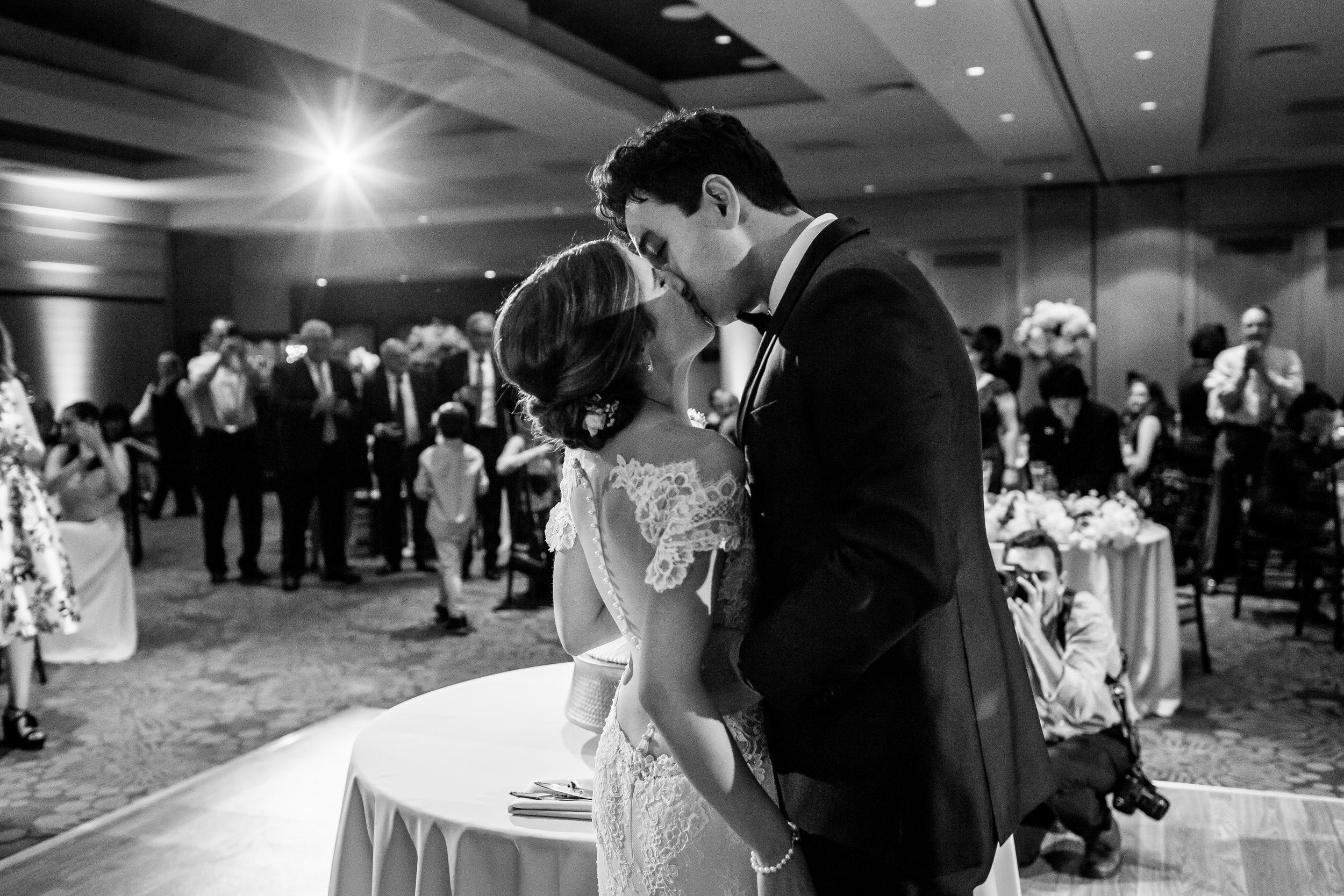 jake_marisa_allison_inn_wedding_starkphotography_059