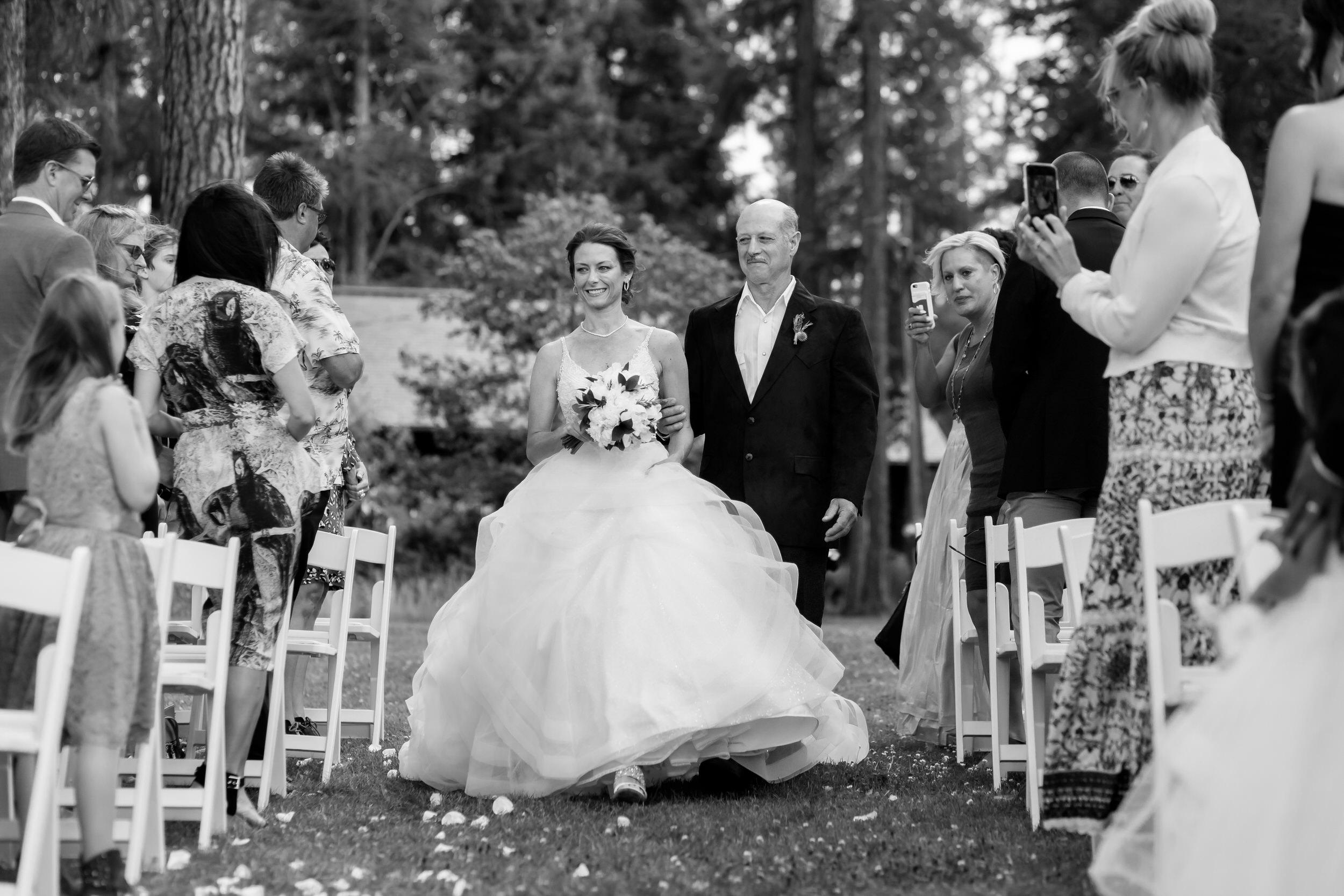 house_on_metolius_wedding_JL_014