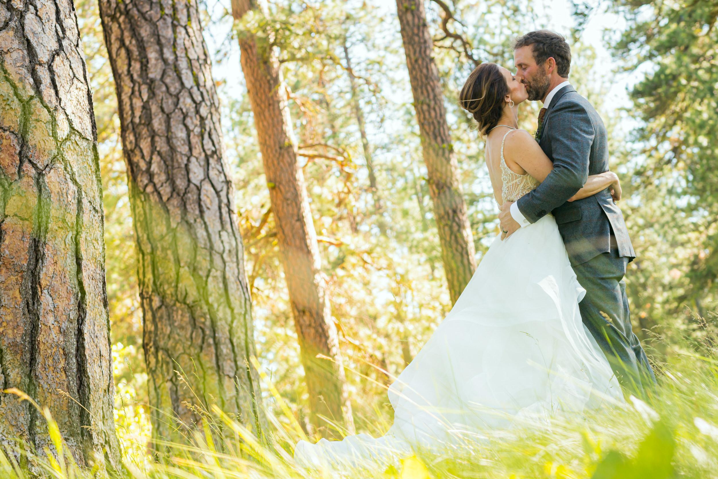 house_on_metolius_wedding_JL_024