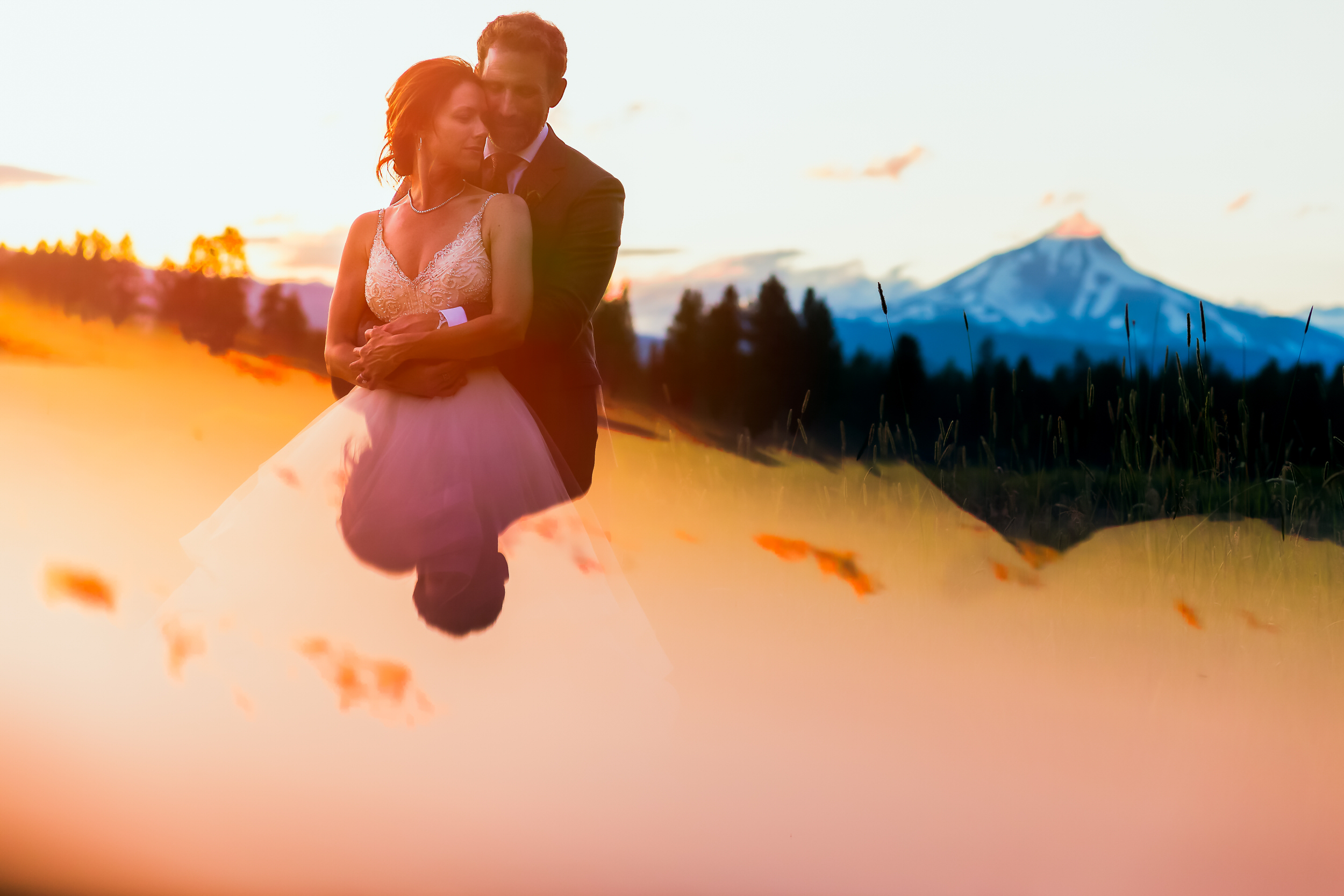 house_on_metolius_wedding_JL_040